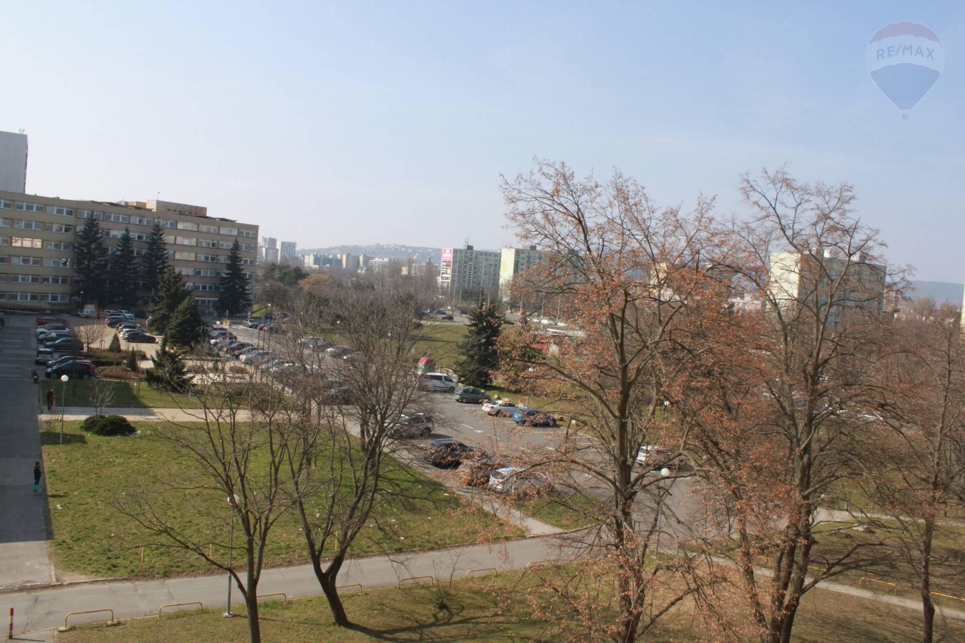 Predaj 3-izbového bytu Bratislava -Ružinov
