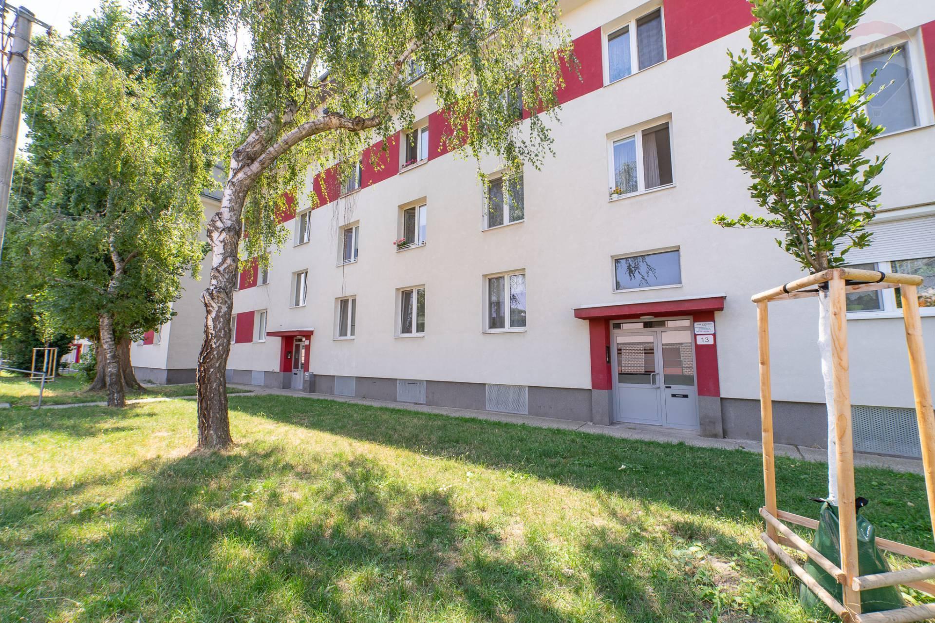 PREDAJ >> 1 izbový byt - RUŽINOV – Doležalova ulica