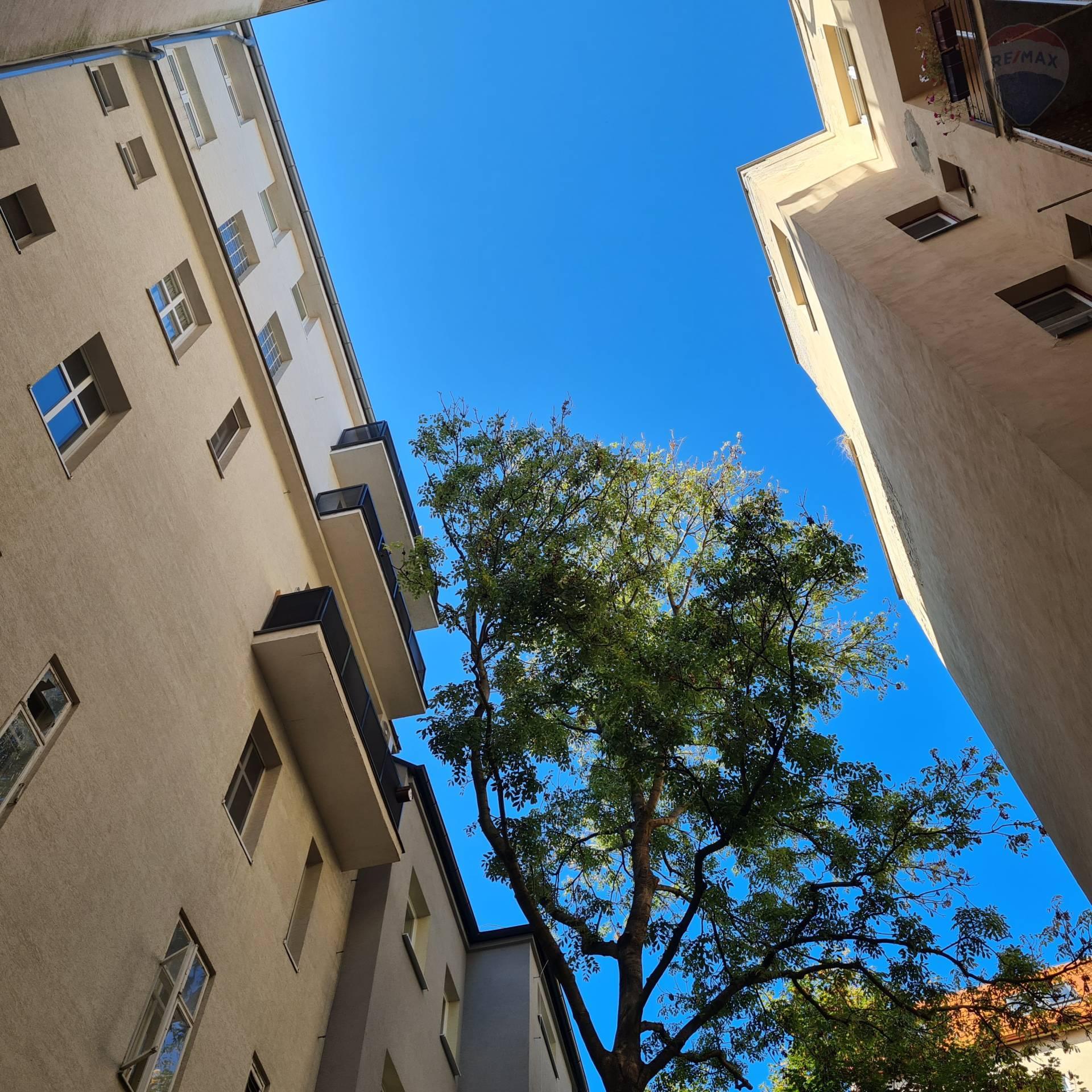 Predaj 3-izb. byt Bratislava Staré Mesto Zochova ul.