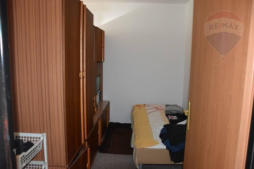 Prenájom bytu (1 izbový) 44 m2, Vrútky -