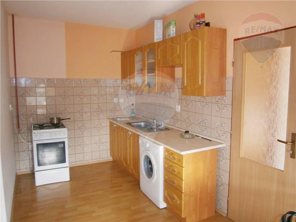 Prenájom byt (rodinný dom) Nitra Zobor.