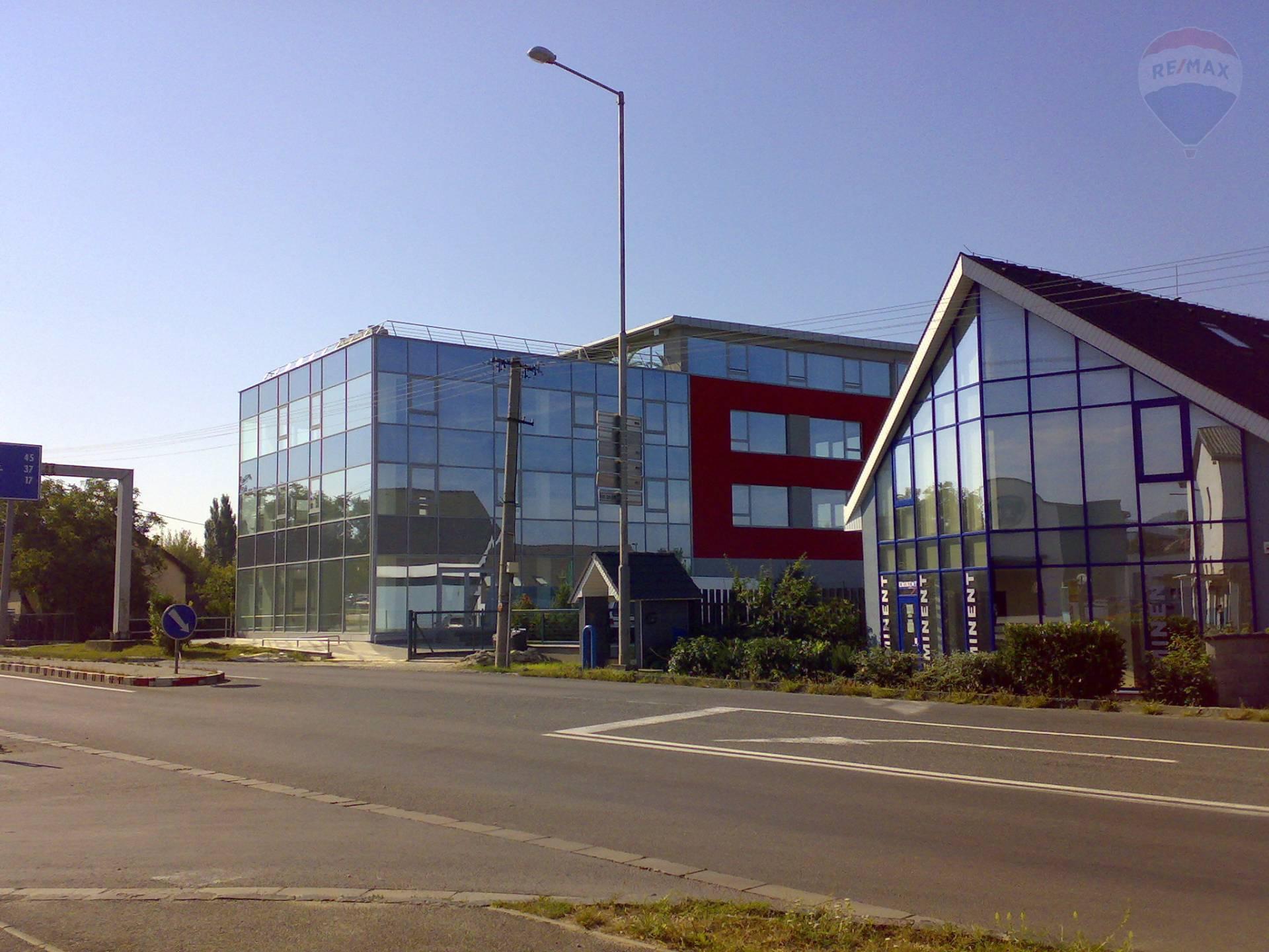 Prenájom kancelárskych priestorov, 84 m2, Levická cesta, Nitra