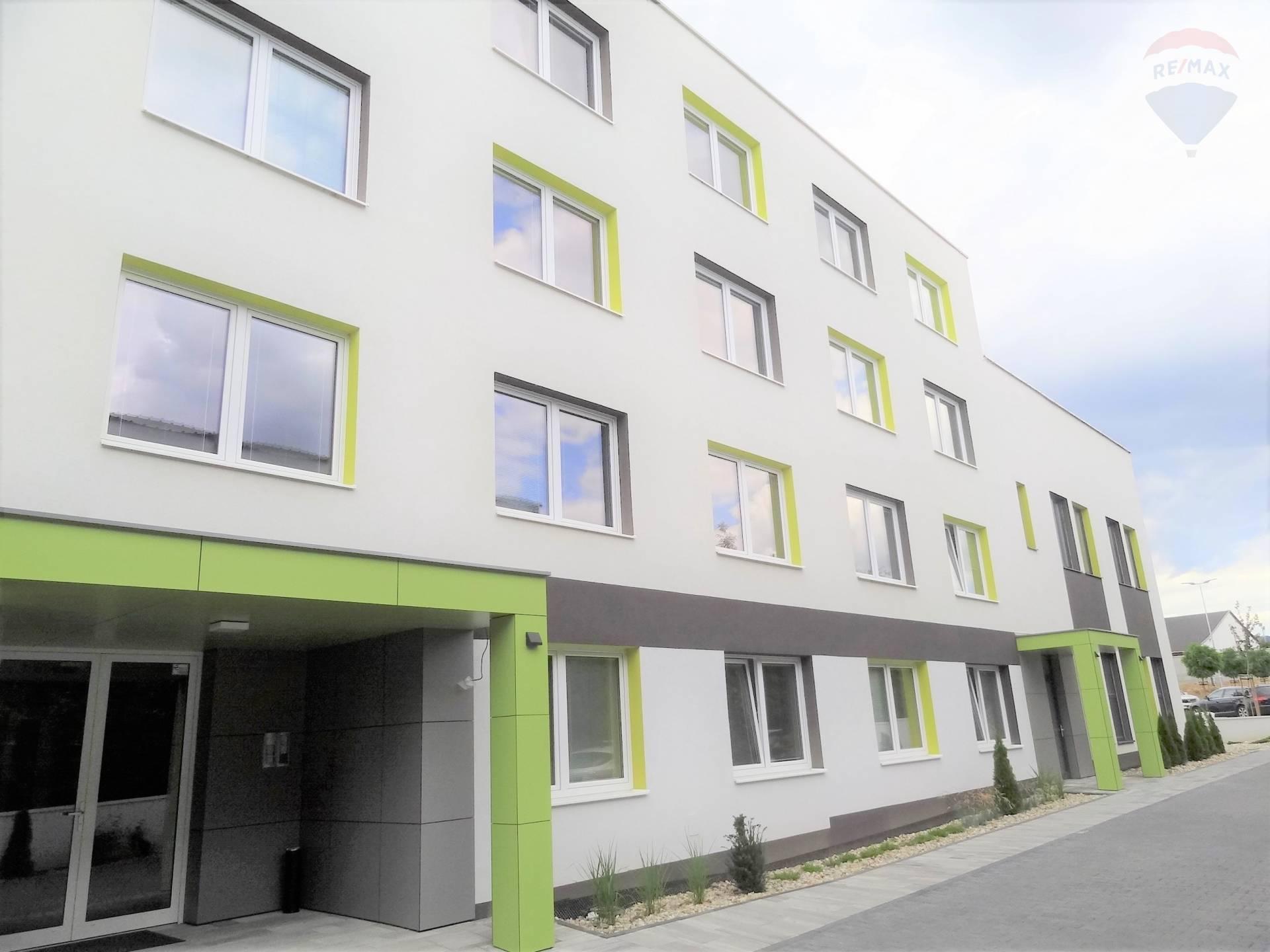 Prenájom kancelárskych priestorov (43 m2),  Levická cesta, Nitra
