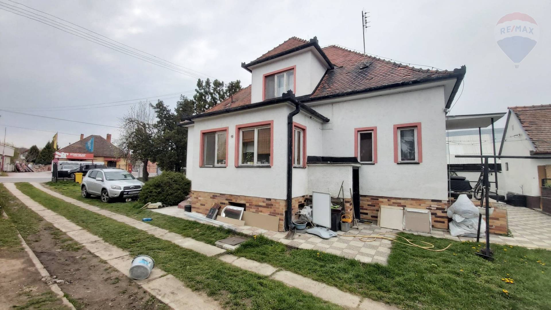 Predaj dom vhodný na podnikanie Nitra - Novozámocká ul. EXKLUZÍVNE