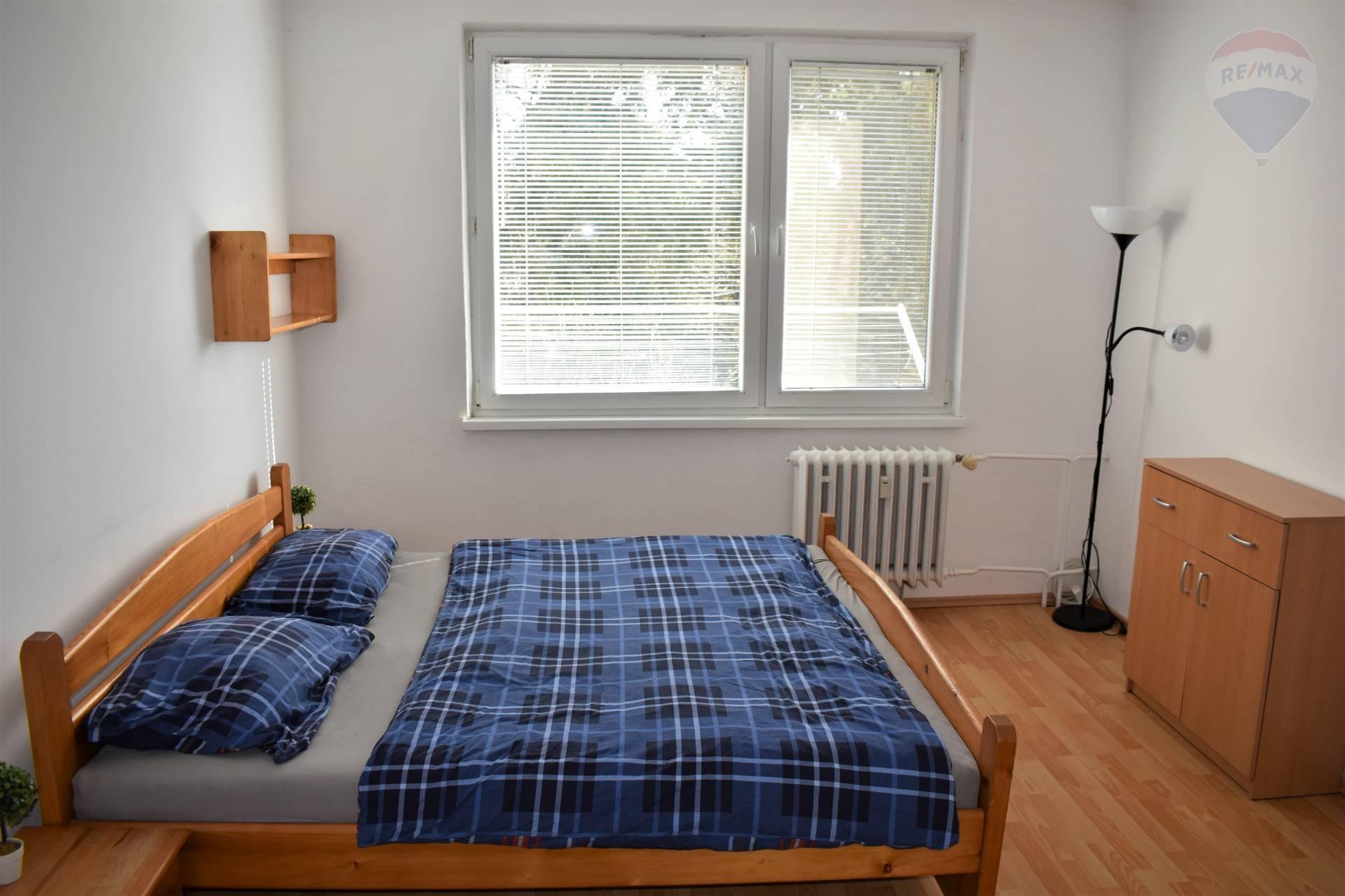 Prenájom bytu (1 izbový) 36 m2, Nitra - Spálňa