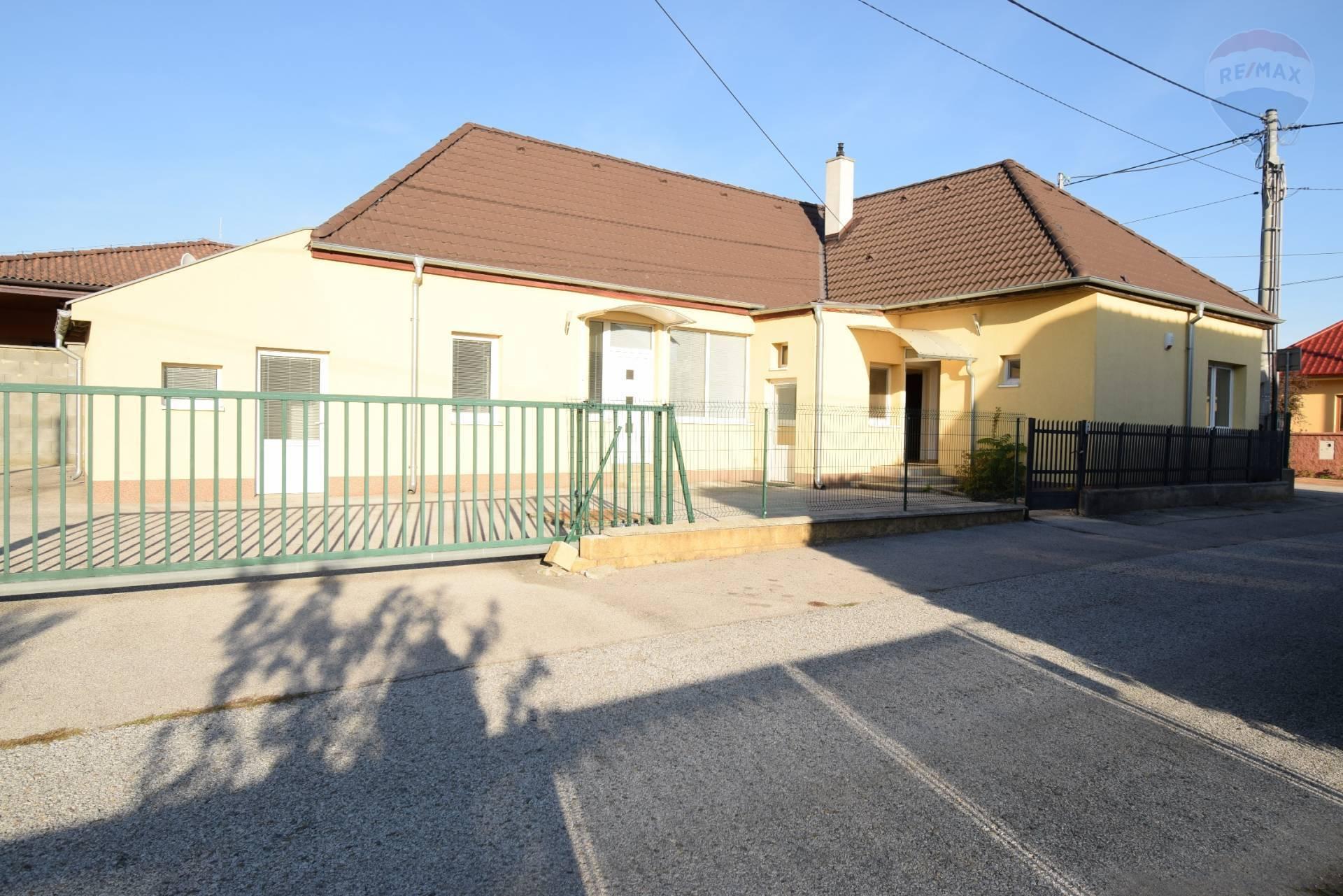 Predaj RD Chrenová na sídlo firmy v Nitre
