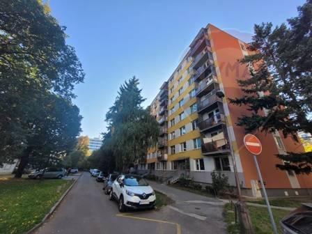 predaj 3 izbový byt, balkón, Nitra, centrum EXKLUZÍVNE