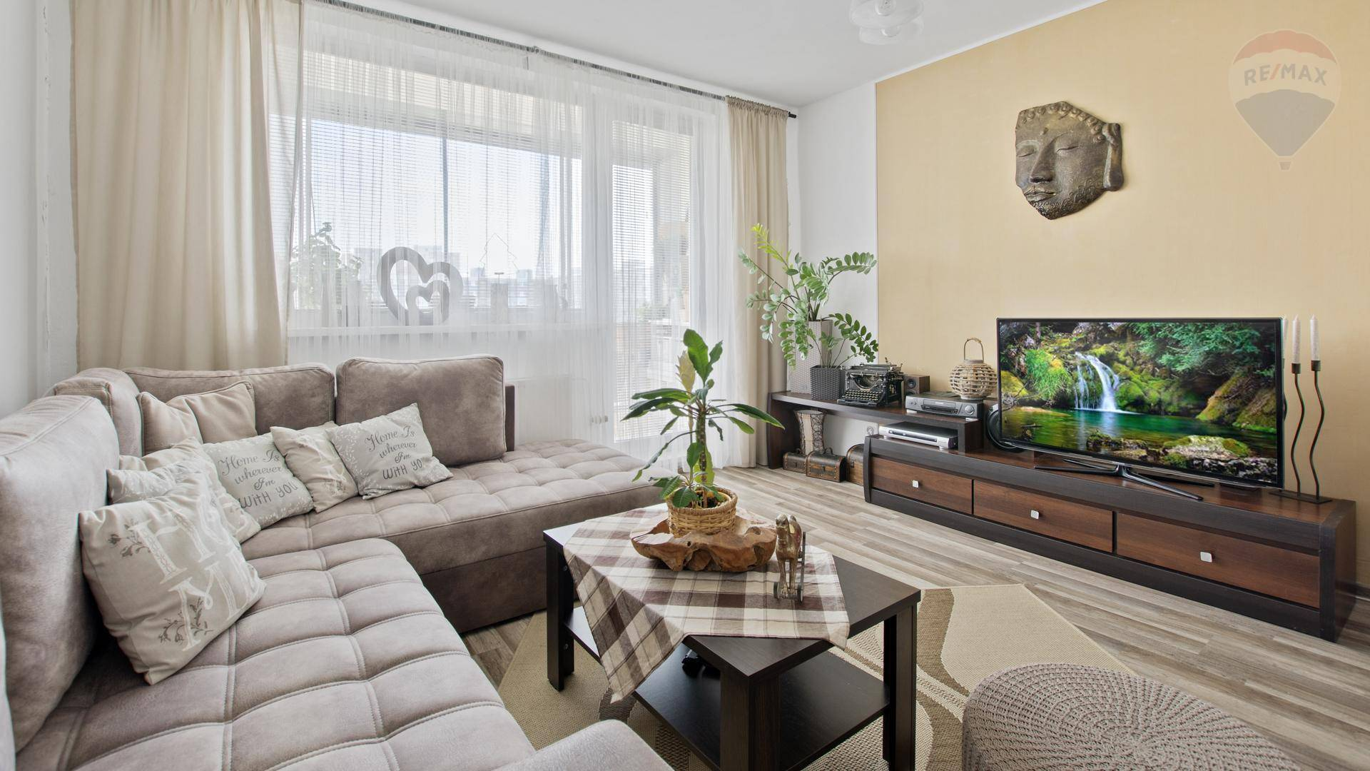 Na predaj - 3 izbový byt v Petržalke, ul. Pečianská