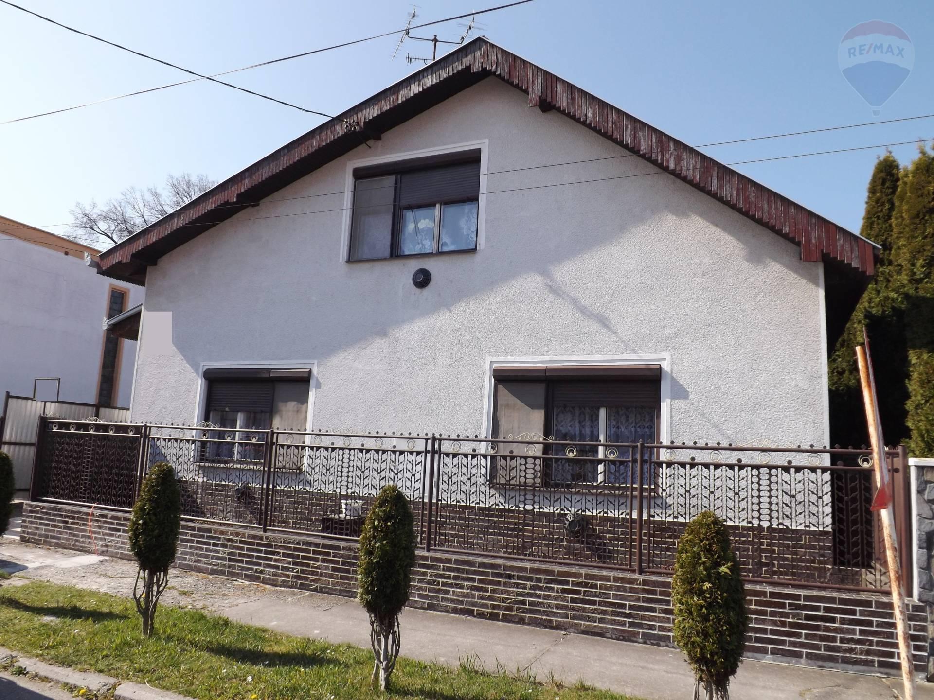 Na predaj 4 izbový rodinný dom, pozemok 915 m2, Veľký Meder
