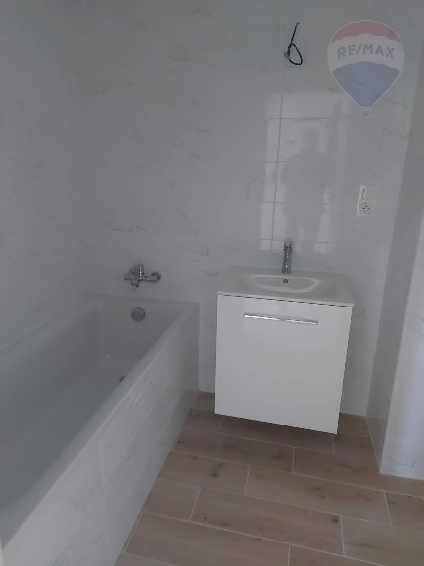 Na predaj: 3 izbový byt, novostavba, Galanta