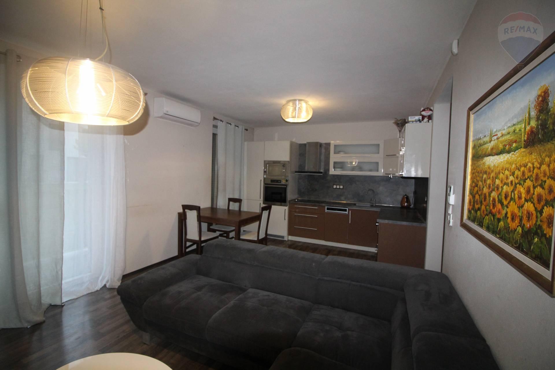 Predaj bytu (3 izbový) 63 m2, Dunajská Streda -