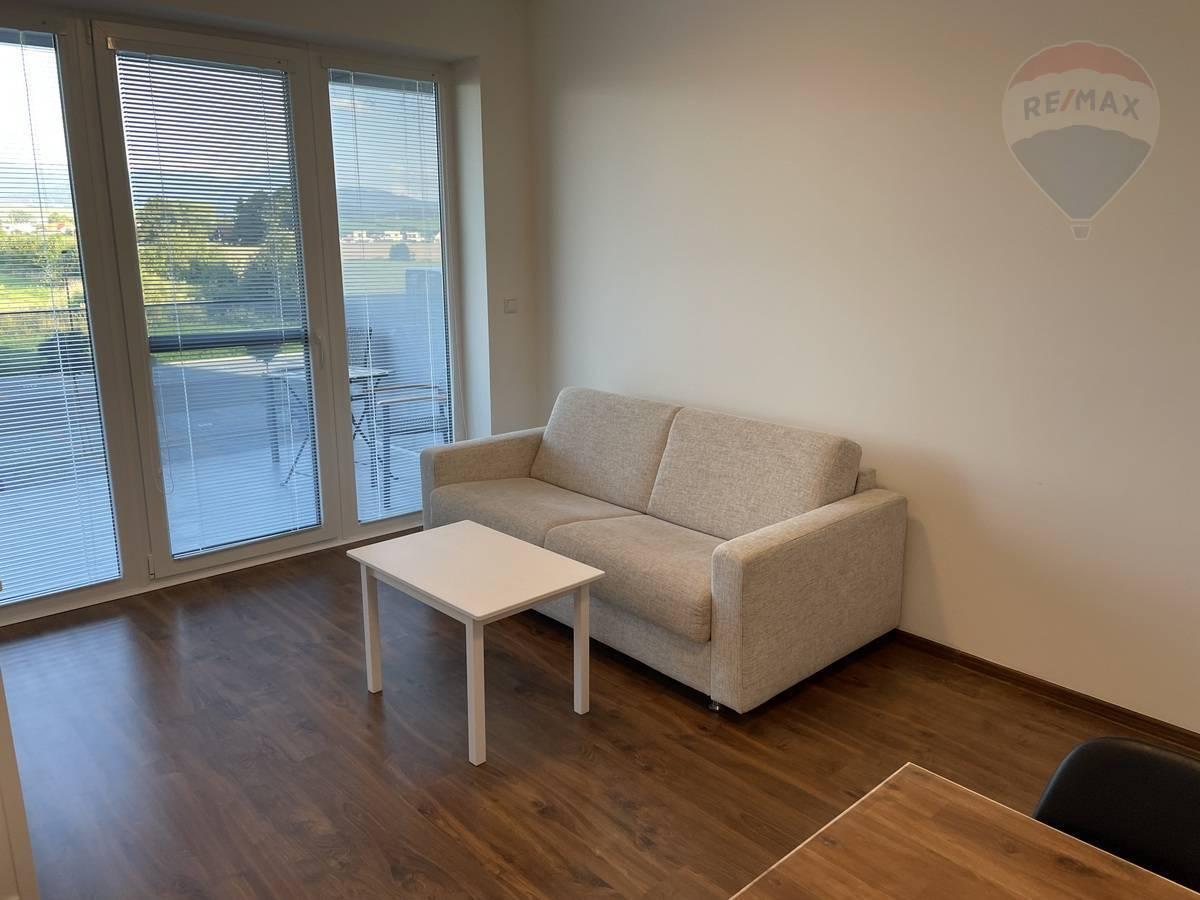Prenájom bytu (2 izbový) 38 m2, Martin - NA Prenájom: 2. izb.byt Malá Hora, Martin, Dušan Stančík
