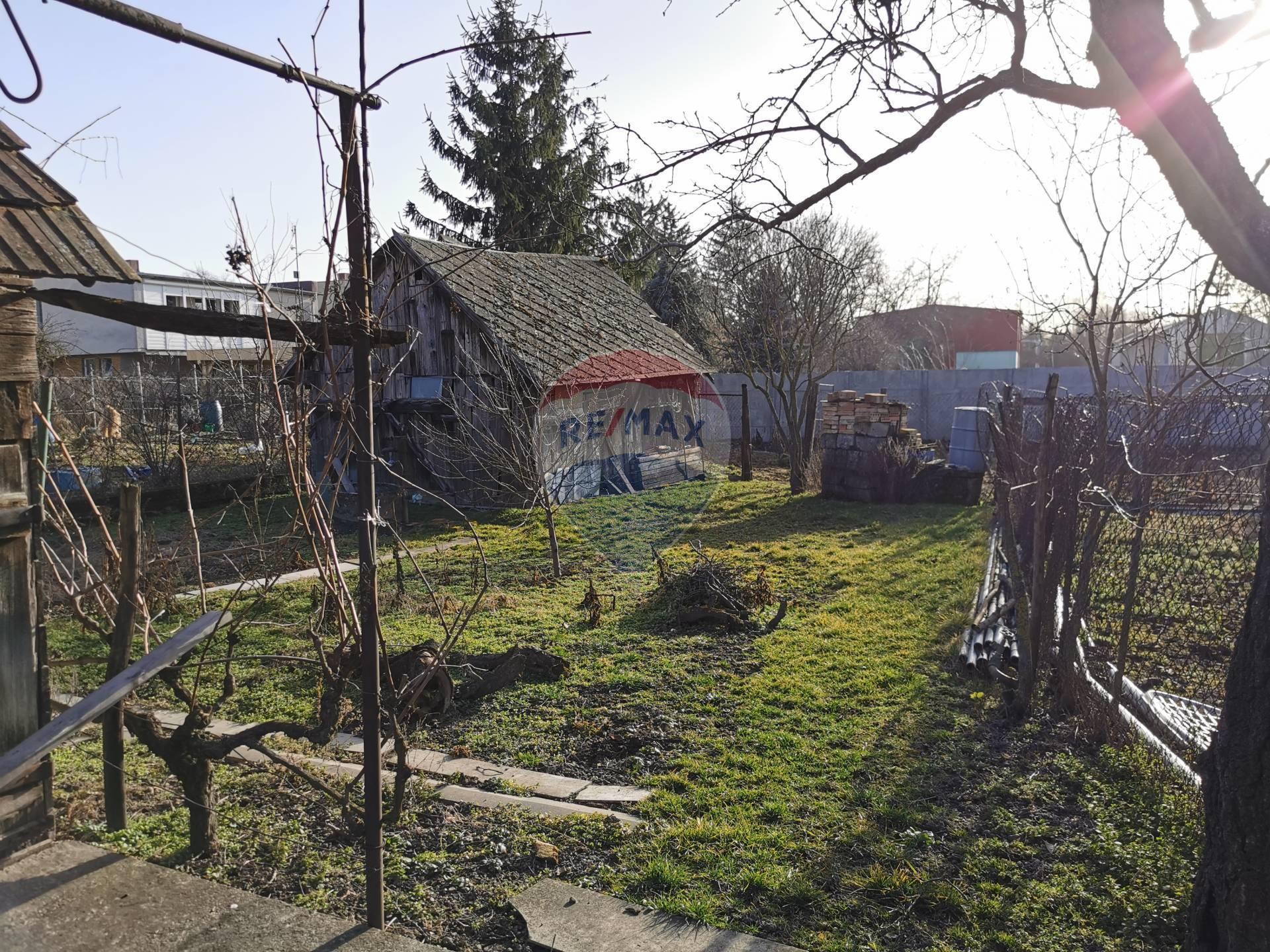 Predaj pozemku v obci Čenkovce.