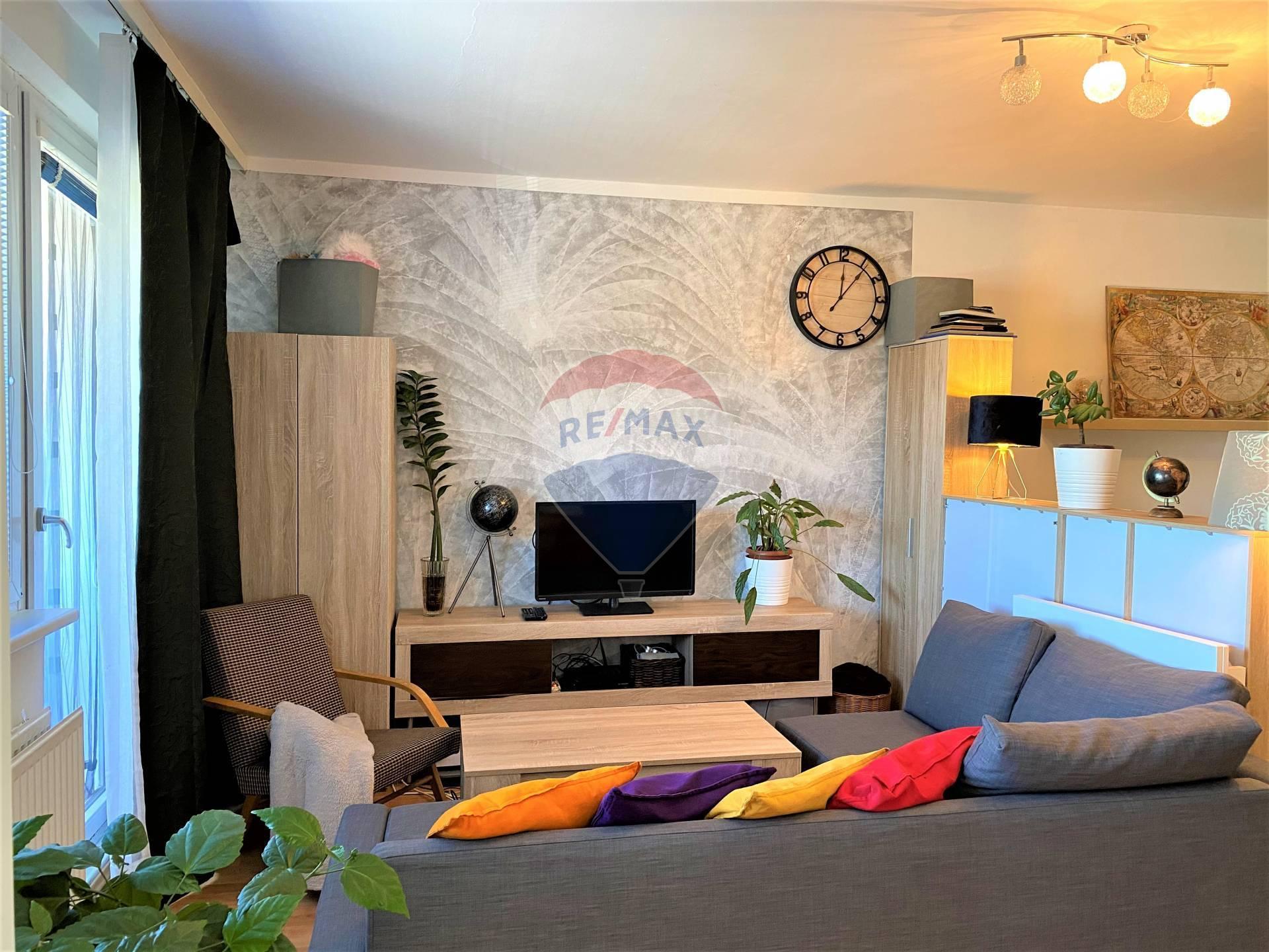 Predaj 1 izb. bytu v Devínskej Novej Vsi, ul. Pavla Horova, čiastočná rekonštrukcia