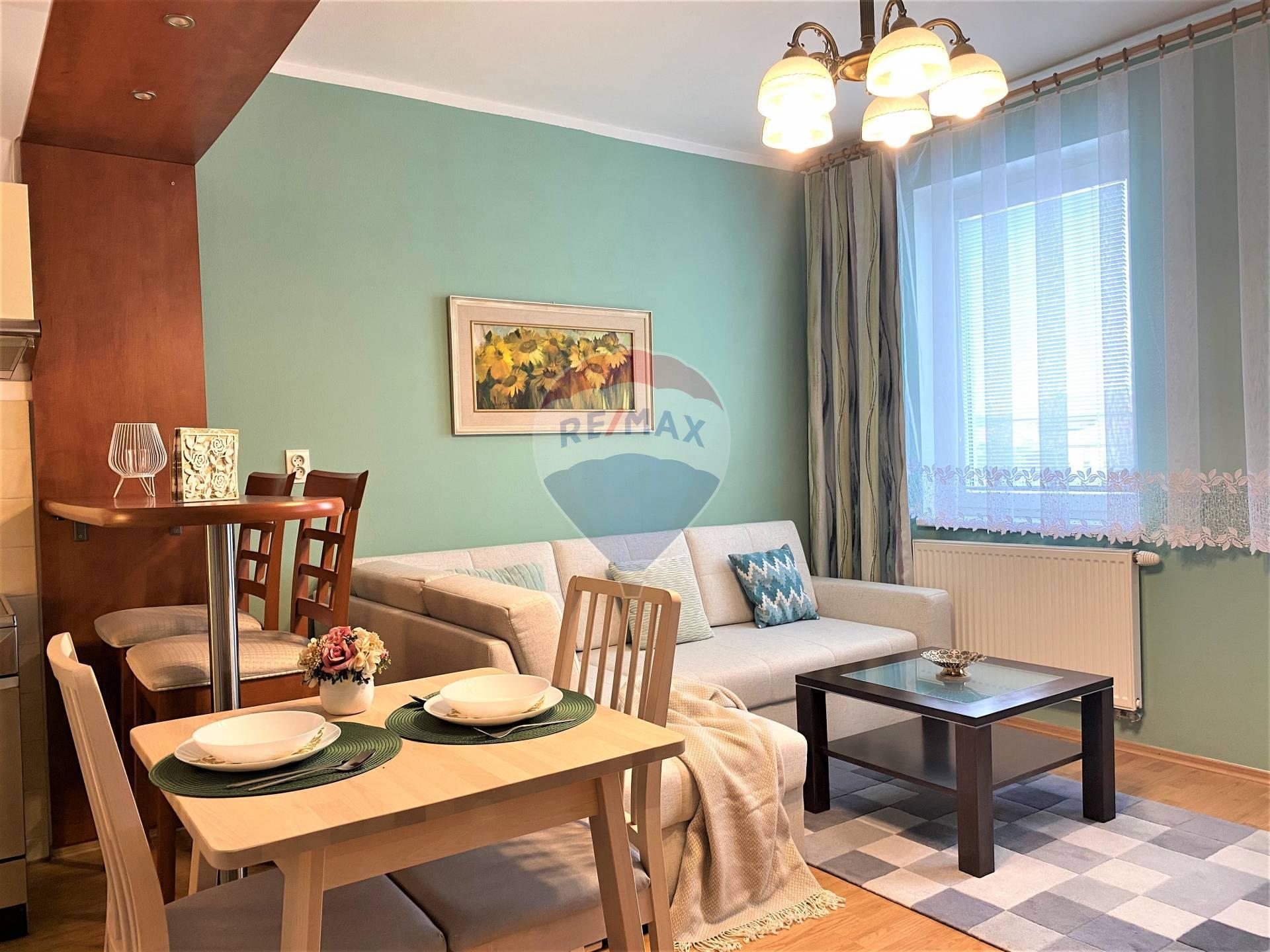 Predaj 1 izb. bytu v Senci, Pezinská ul. + parkovacie státie
