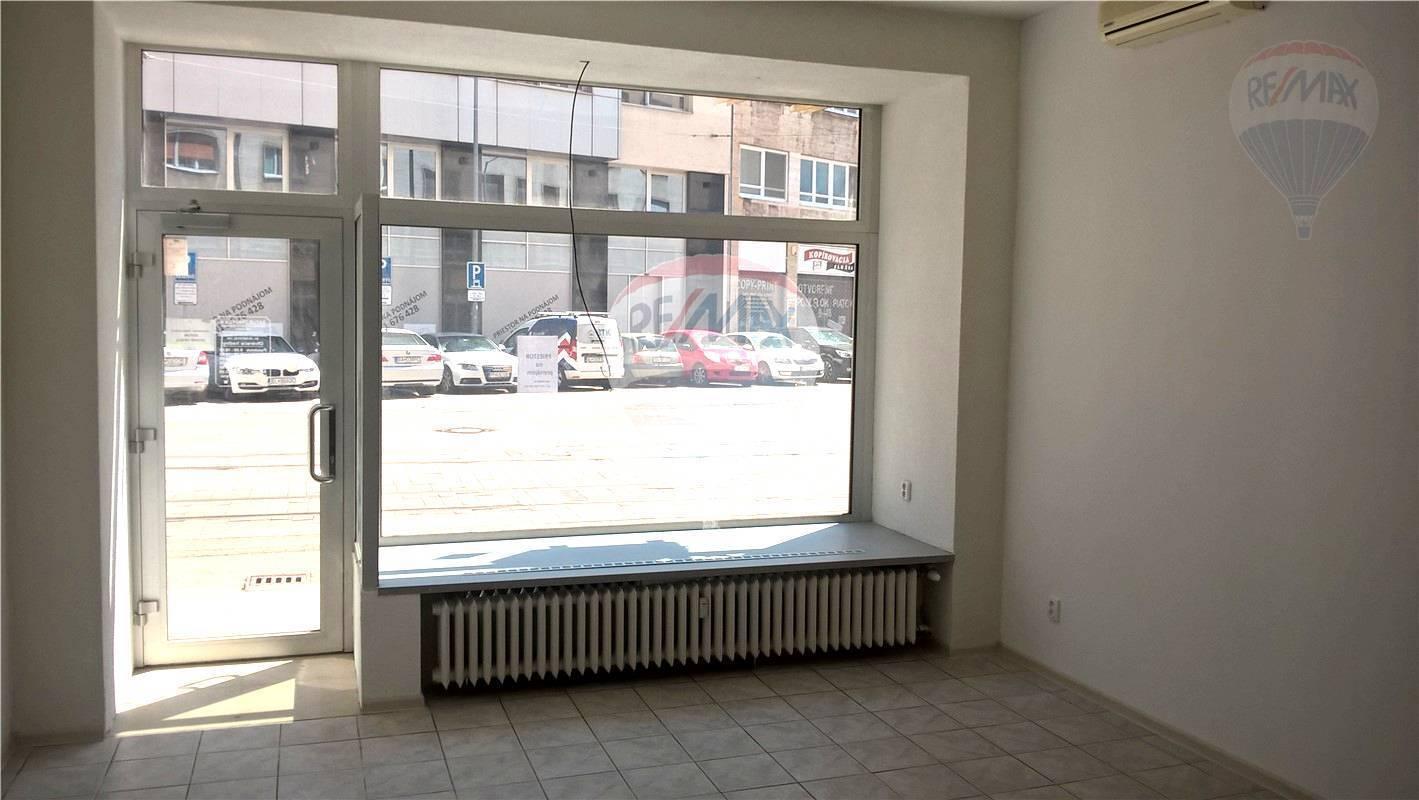 PRENÁJOM: obchodné priestory, Jesenského ulica, Bratislava - Staré Mesto