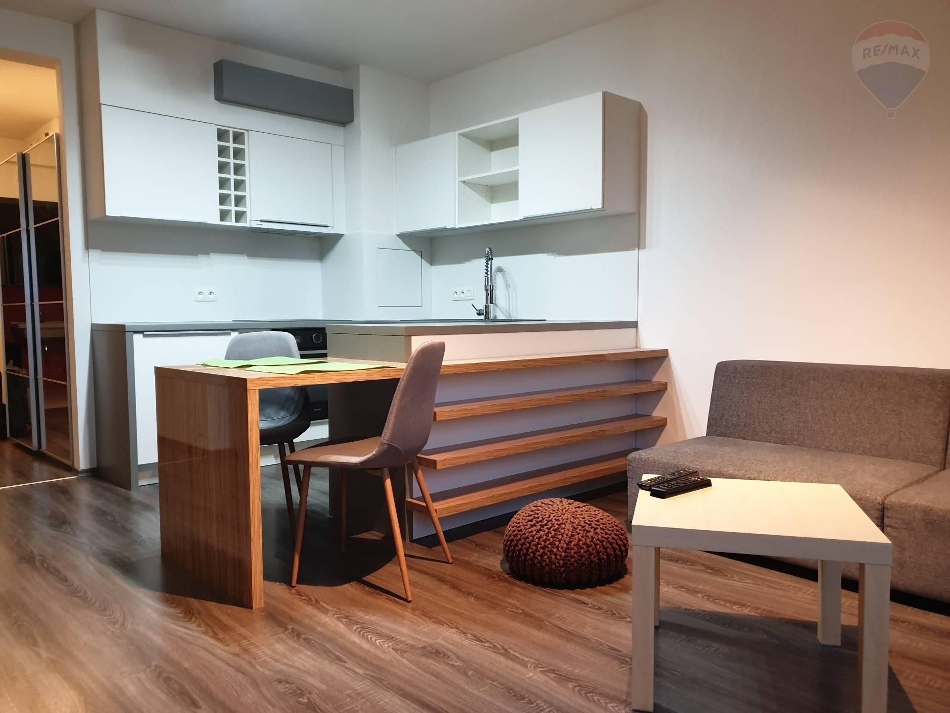 Prenájom 2 izb. bytu v novostavbe na Kadnárovej ulici, s parkovacím miestom