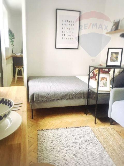 Prenájom bytu (garsónka) 16 m2, Bratislava - Ružinov - PRENÁJOM: garzónka na Nivách, Kulíškova ulica