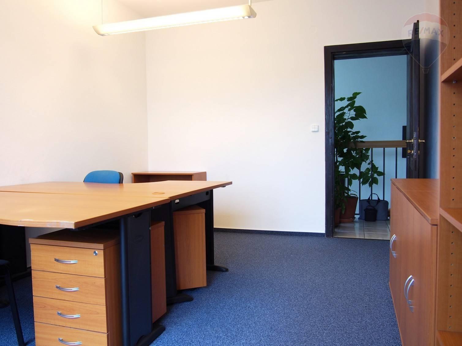 PRENÁJOM, dve kancelárie, Opavská ulica, Bratislava - Kramáre