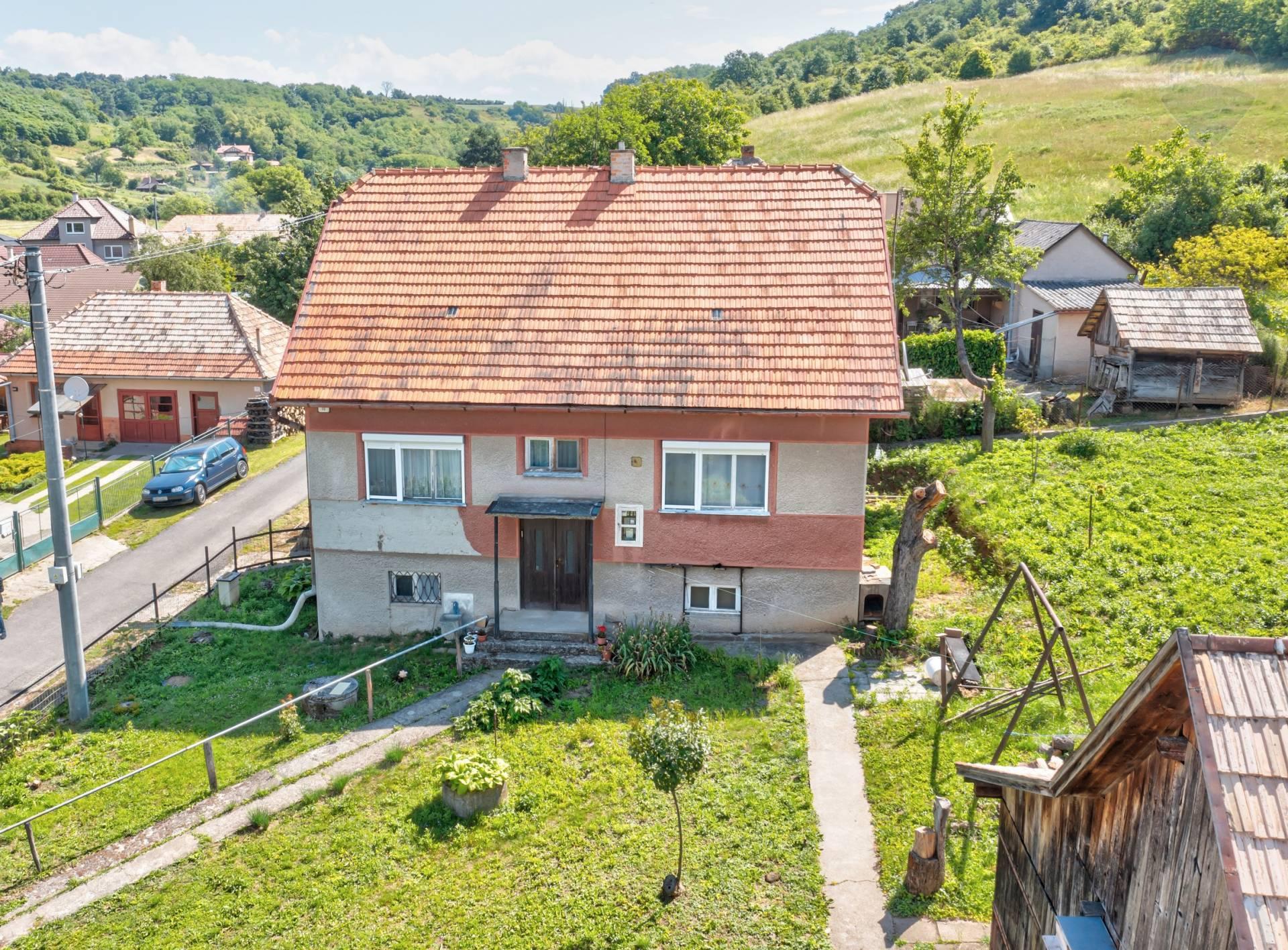 Predaj rodinného domu 220m2, Opatovská Nová Ves