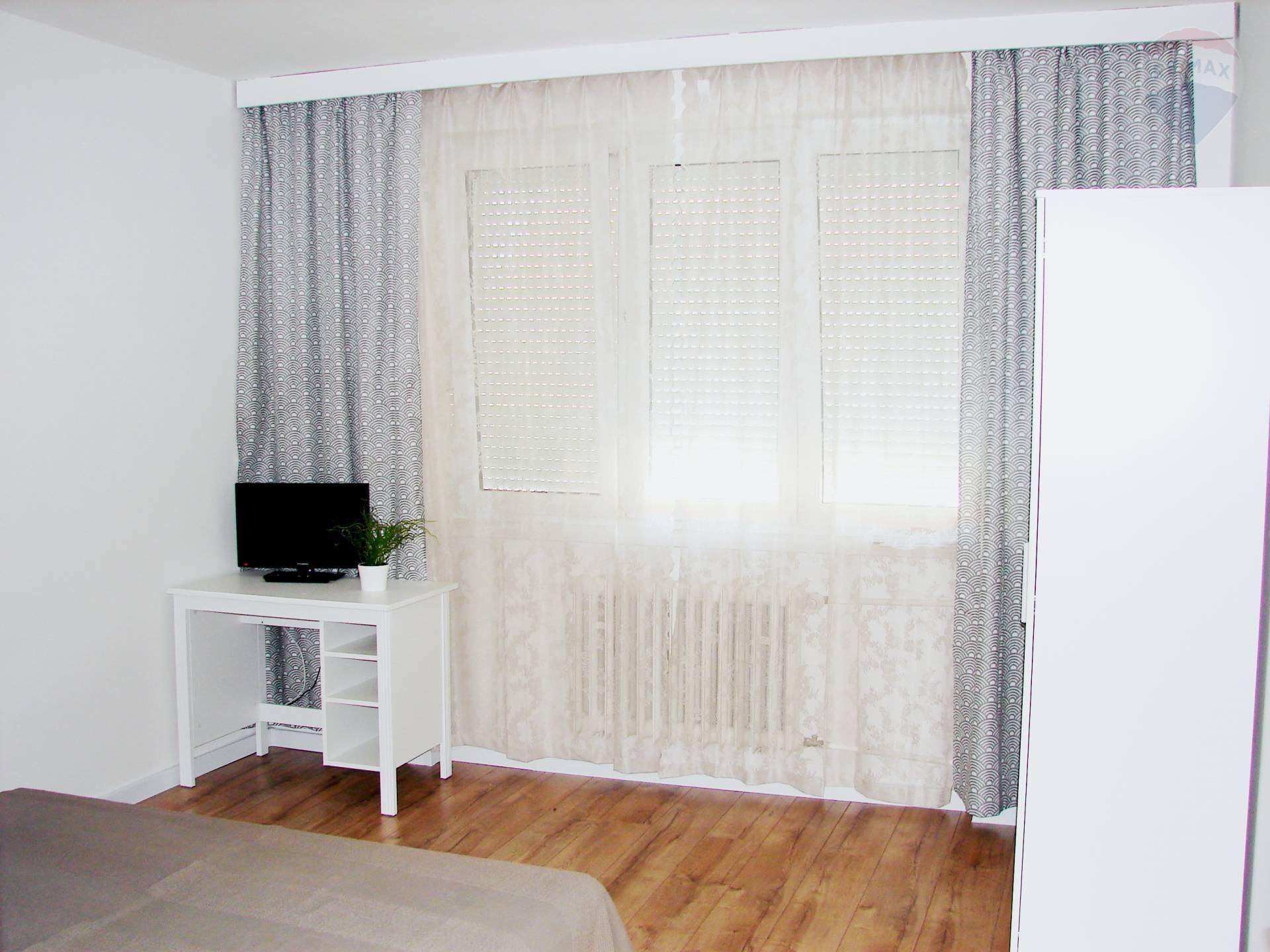 Prenájom bytu (2 izbový) 68 m2, Bratislava - Nové Mesto - PRENÁJOM: 2 izbový byt, Osadná ulica, Nové Mesto
