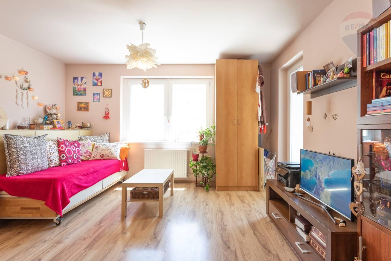 PREDAJ: 3 izbový byt v NOVOSTAVBE, Rajka park, cena vrátane všetkých poplatkov