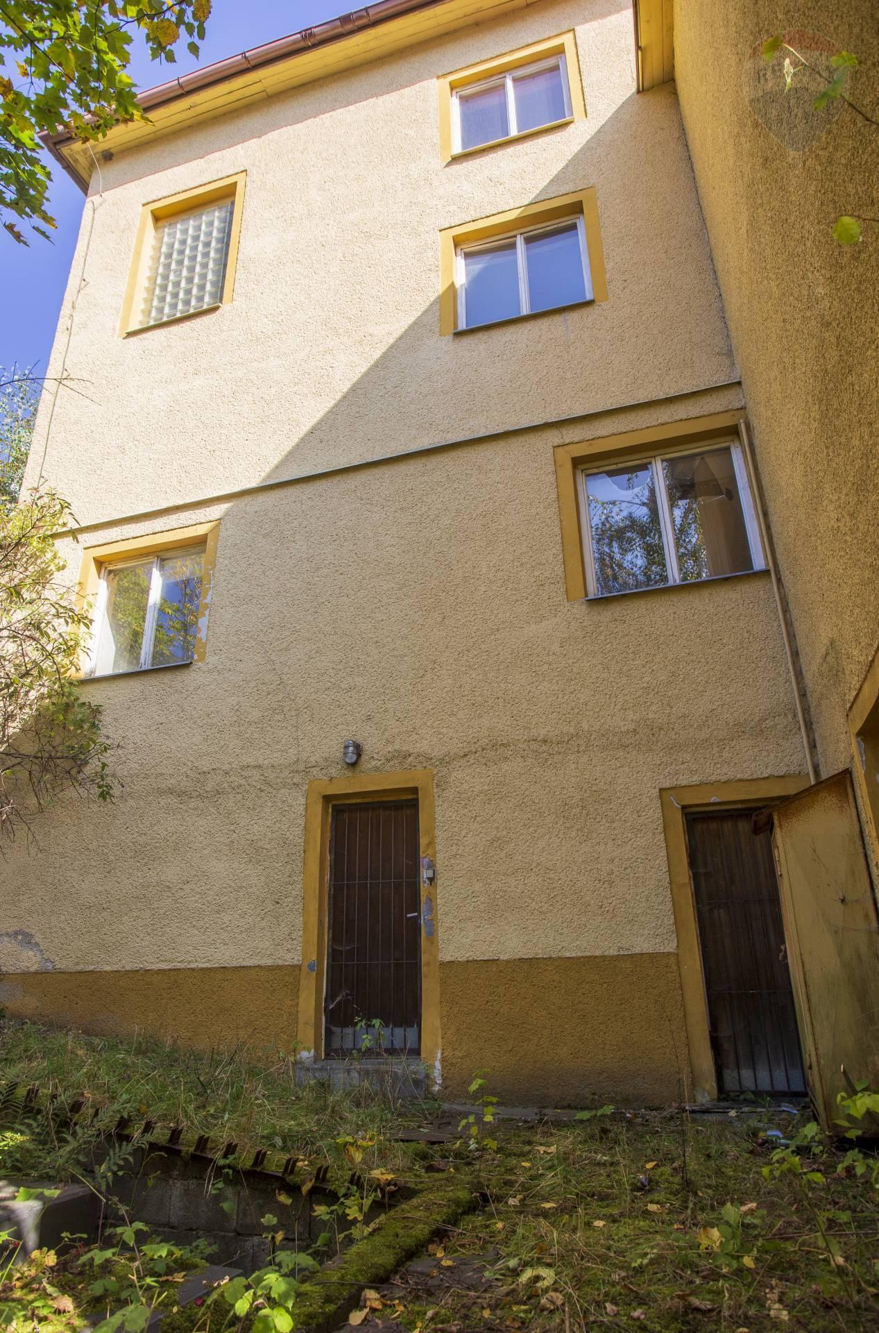 Predaj komerčného objektu 345 m2, Kremnica -