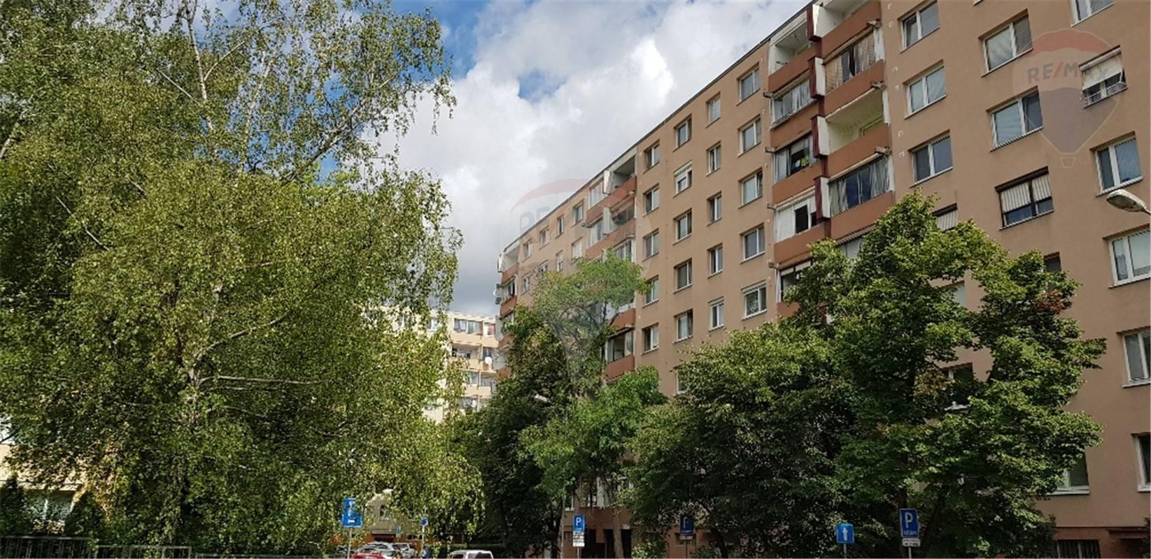 Predaj bytu (2 izbový) 55 m2, Bratislava - Dúbravka -