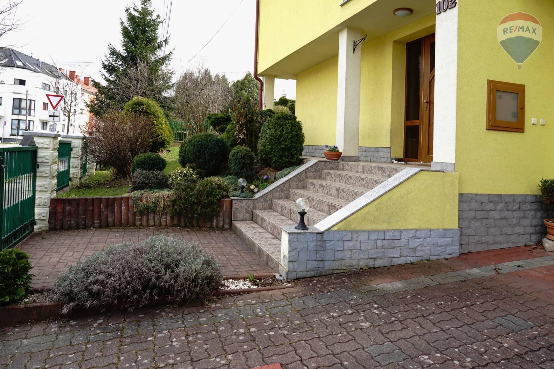 Predaj domu 250 m2, Ružomberok -