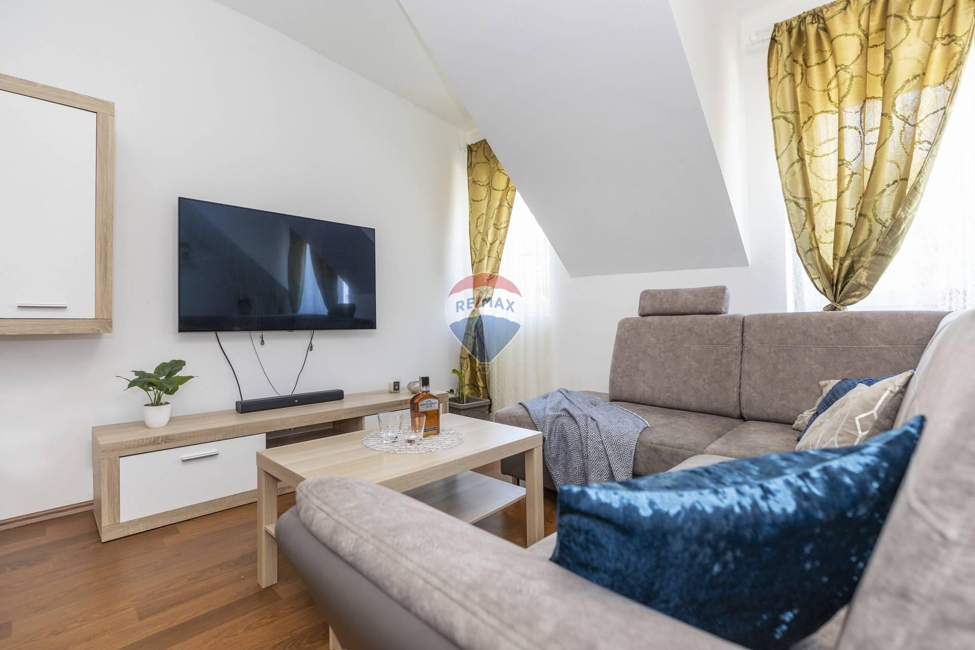 Predaj 2 izbového bytu v centre Šamorína
