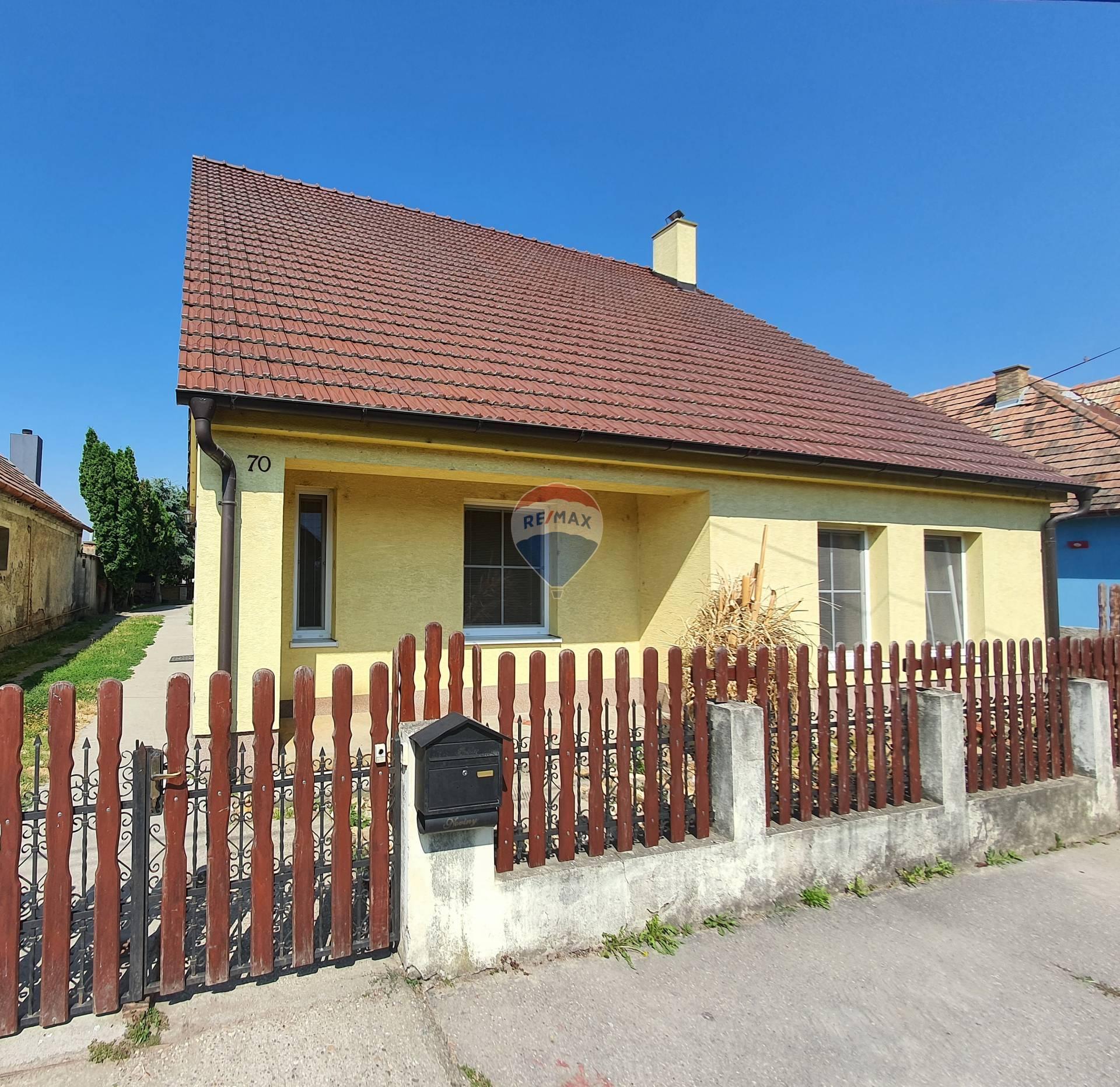 Predaj 2 podlažného rodinného domu v Hornom Bare