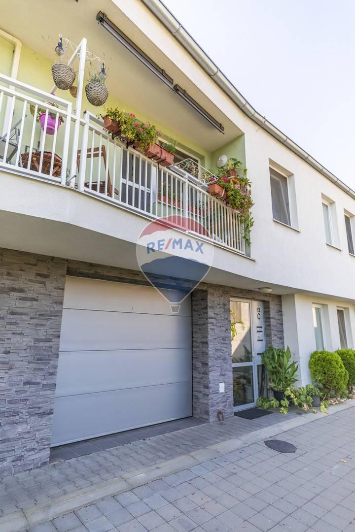 Predaj bytu (2 izbový) 40 m2, Bratislava - Vrakuňa -