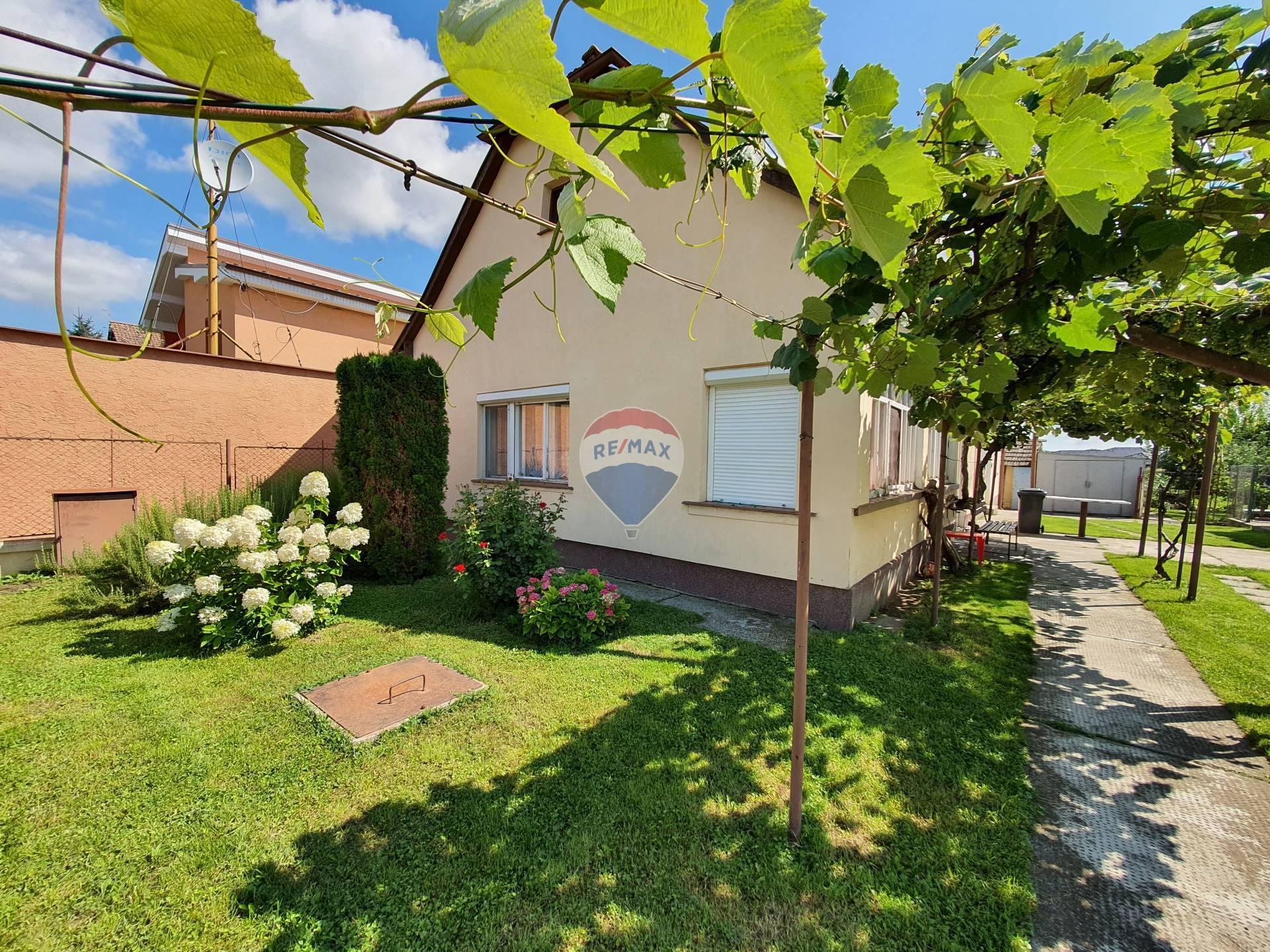 Na predaj 3 izb.rodinný dom v Hornom Bare