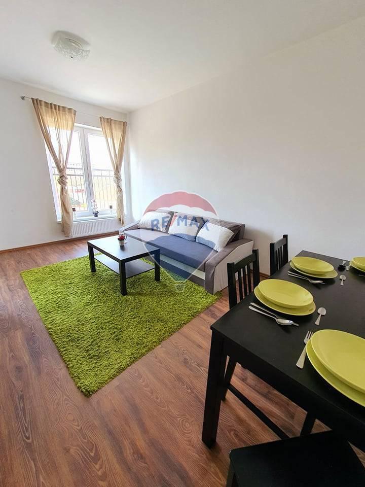 Pekný 2-izbový byt na prenájom v centre Šamorína