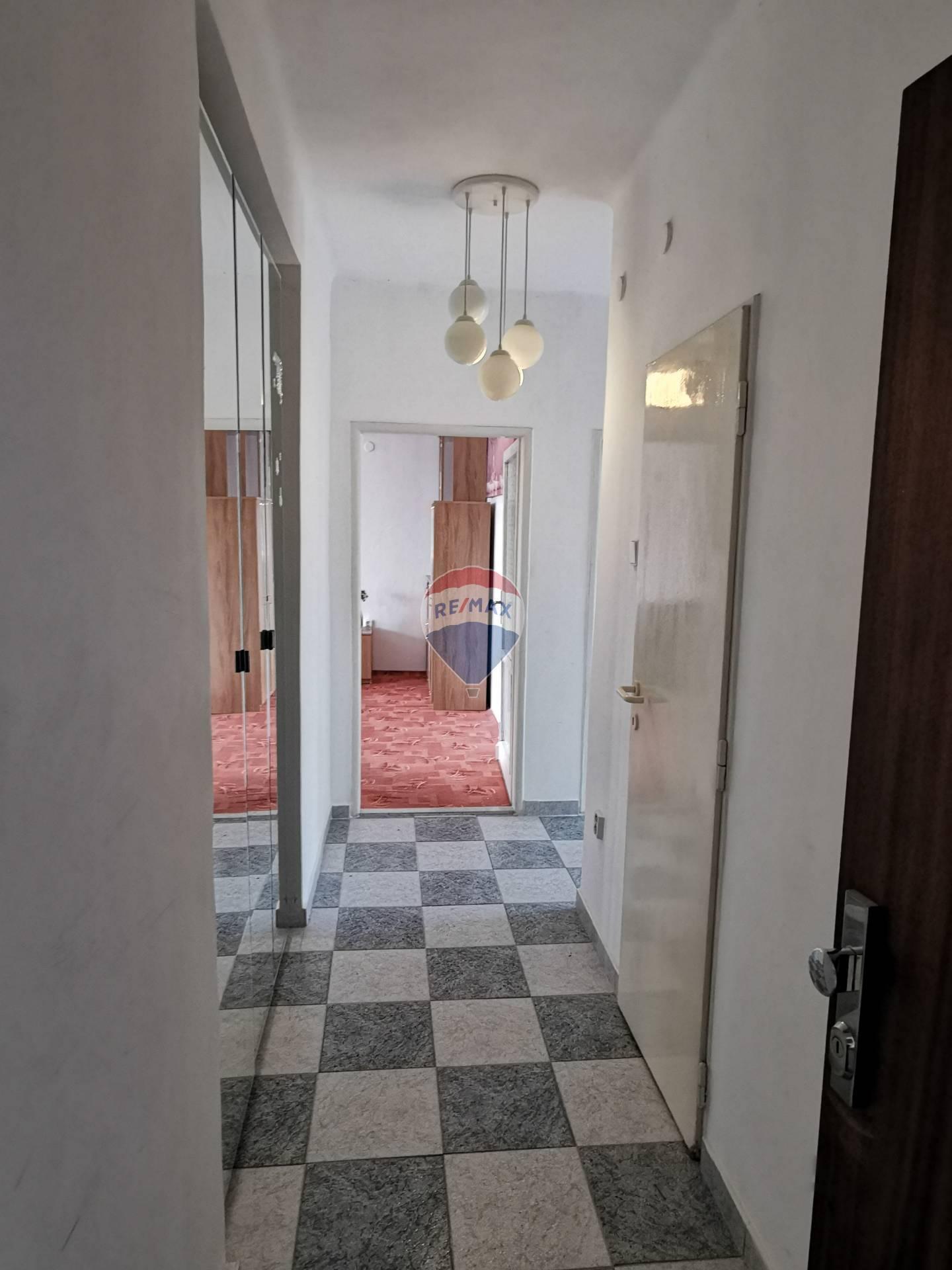 Prenájom bytu (2 izbový) 65 m2, Bratislava - Ružinov -