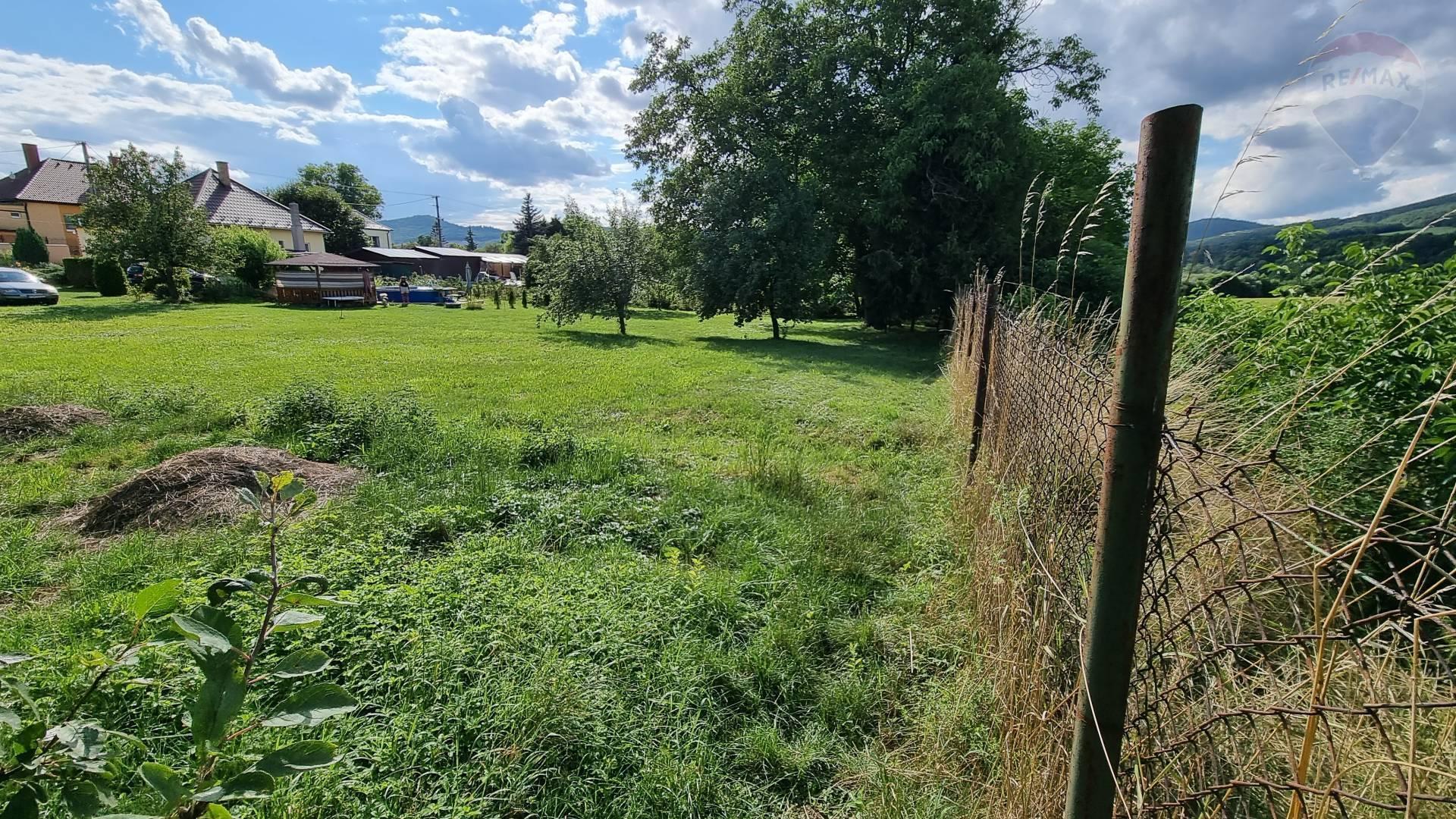 Predám pozemok 1374 m2 v Bystričanoch