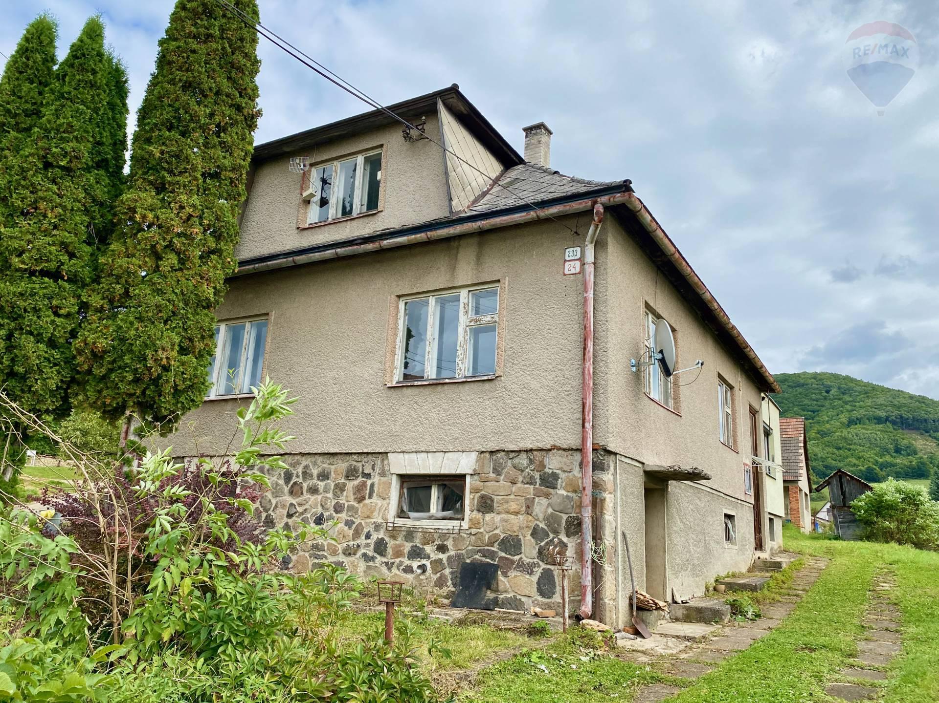 5-izbový rodinný dom v pôvodnom stave - Ráztočno- okr. Prievidza