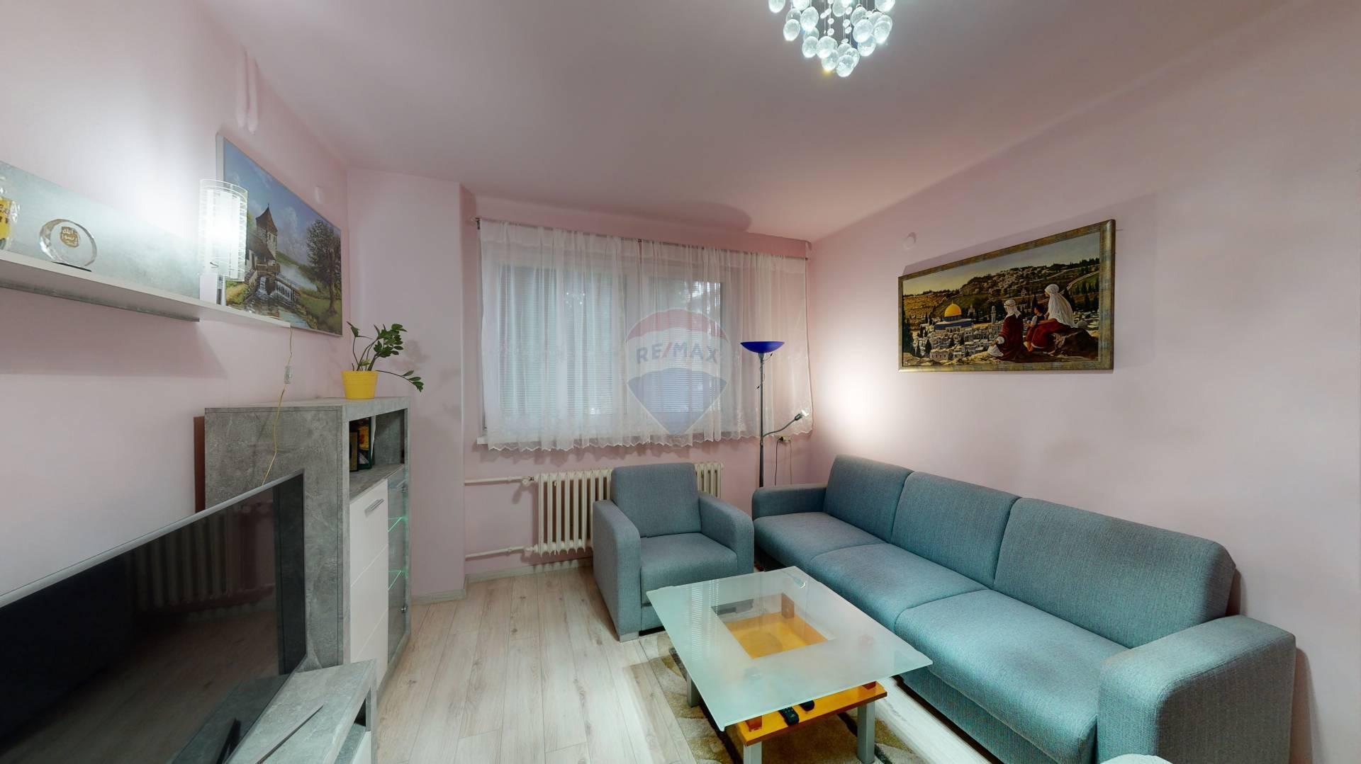 Na predaj 3 izbový byt v Senici.
