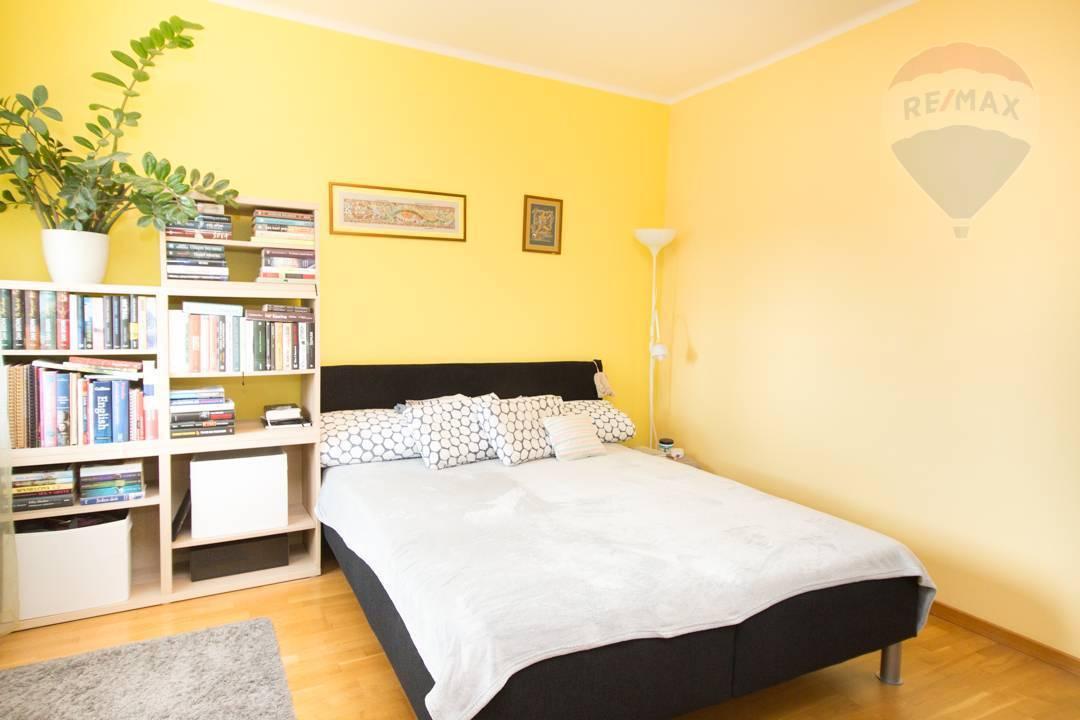 Na prenájom 2-izb. byt po kompletnej rek., Trnavská cesta, Ružinov, Bratislava. 600,- EUR vr. E