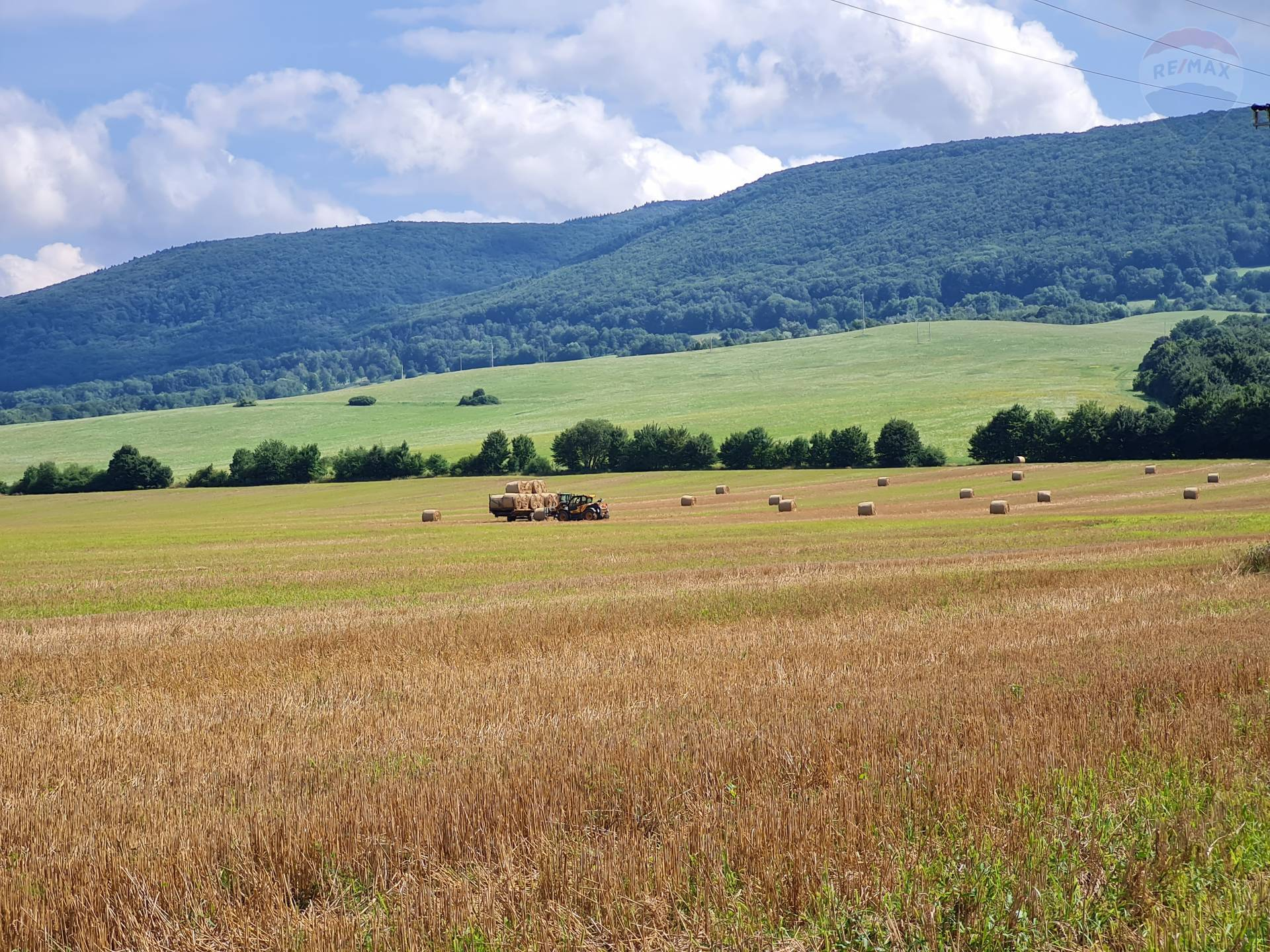Pozemok v Kamenici nad Cirochou na predaj.