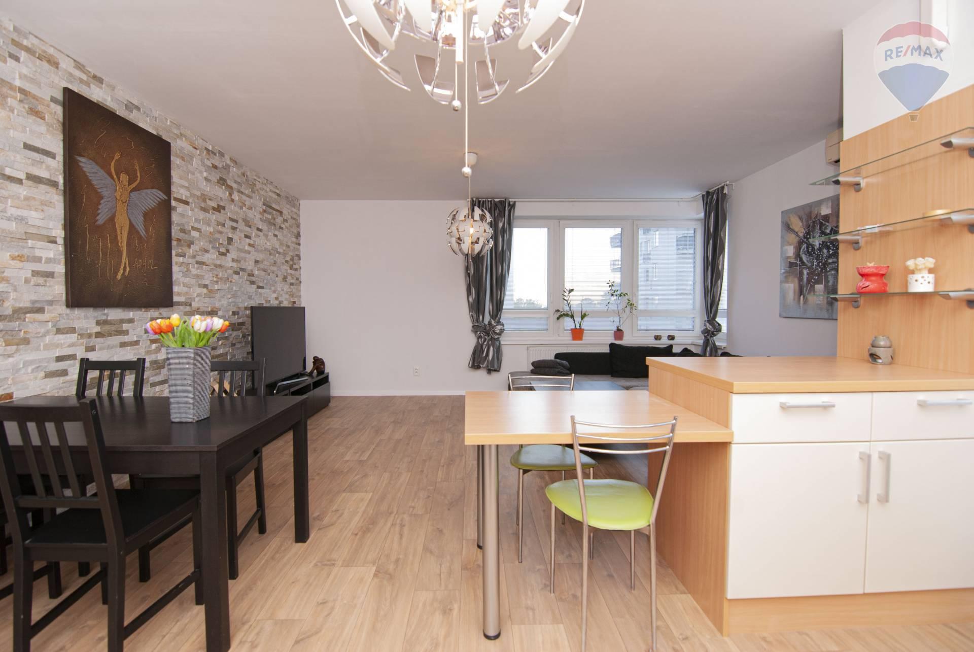 Prenájom bytu (2 izbový) 73 m2, Bratislava - Podunajské Biskupice -