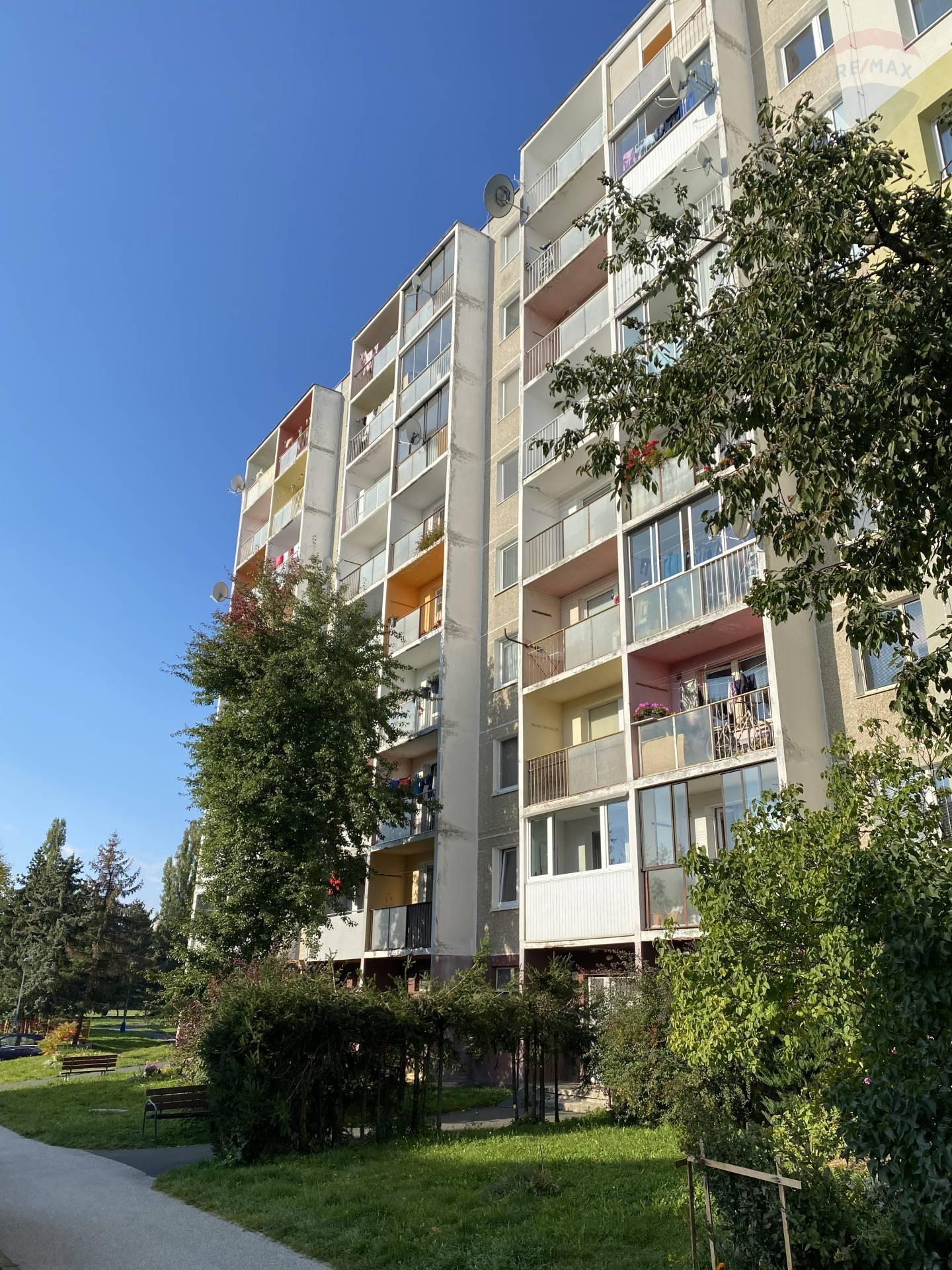 Predaj bytu s balkónom (1 izbový) 32 m2, Poprad