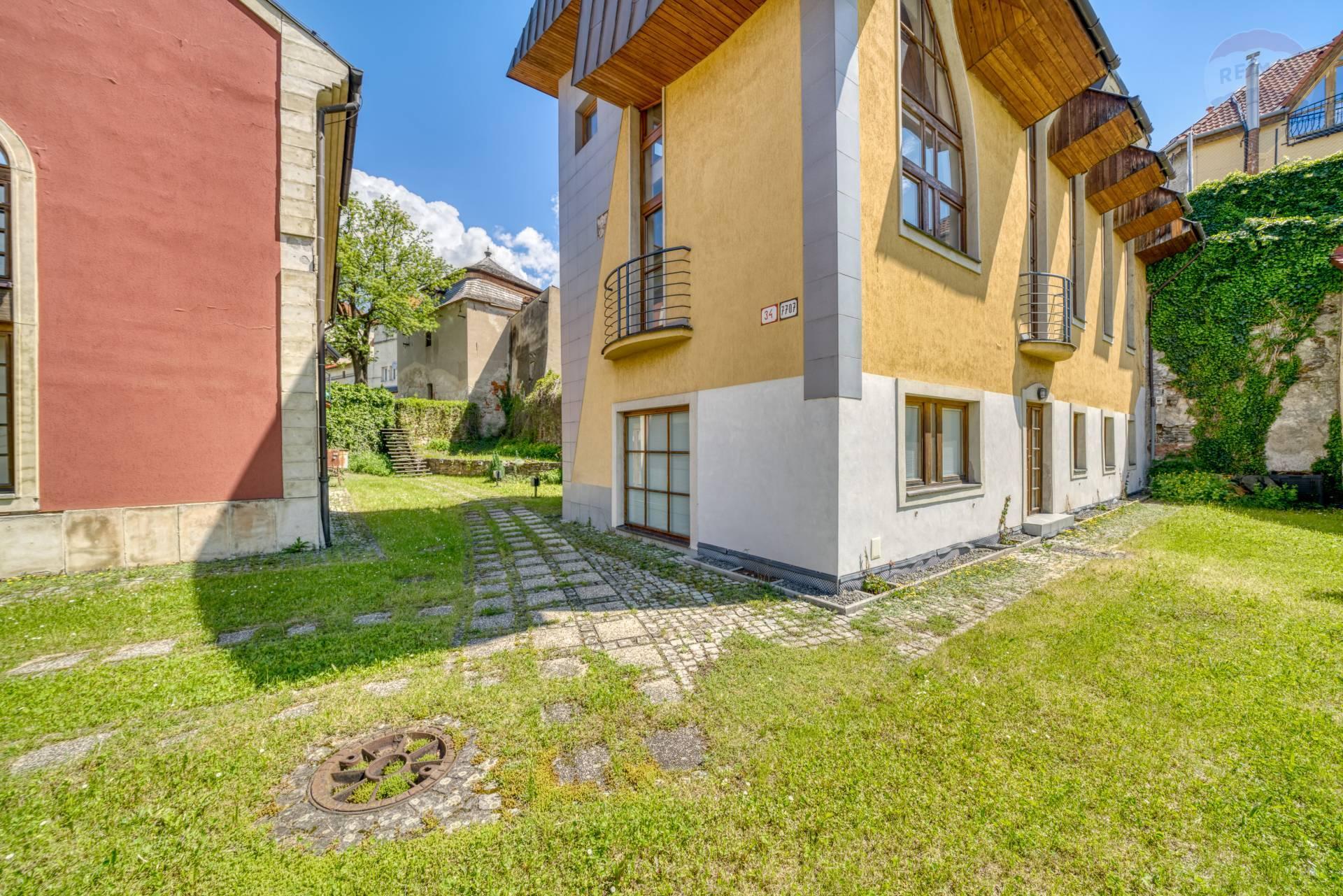 Komerčná budova na predaj, ulica Okružná, Prešov