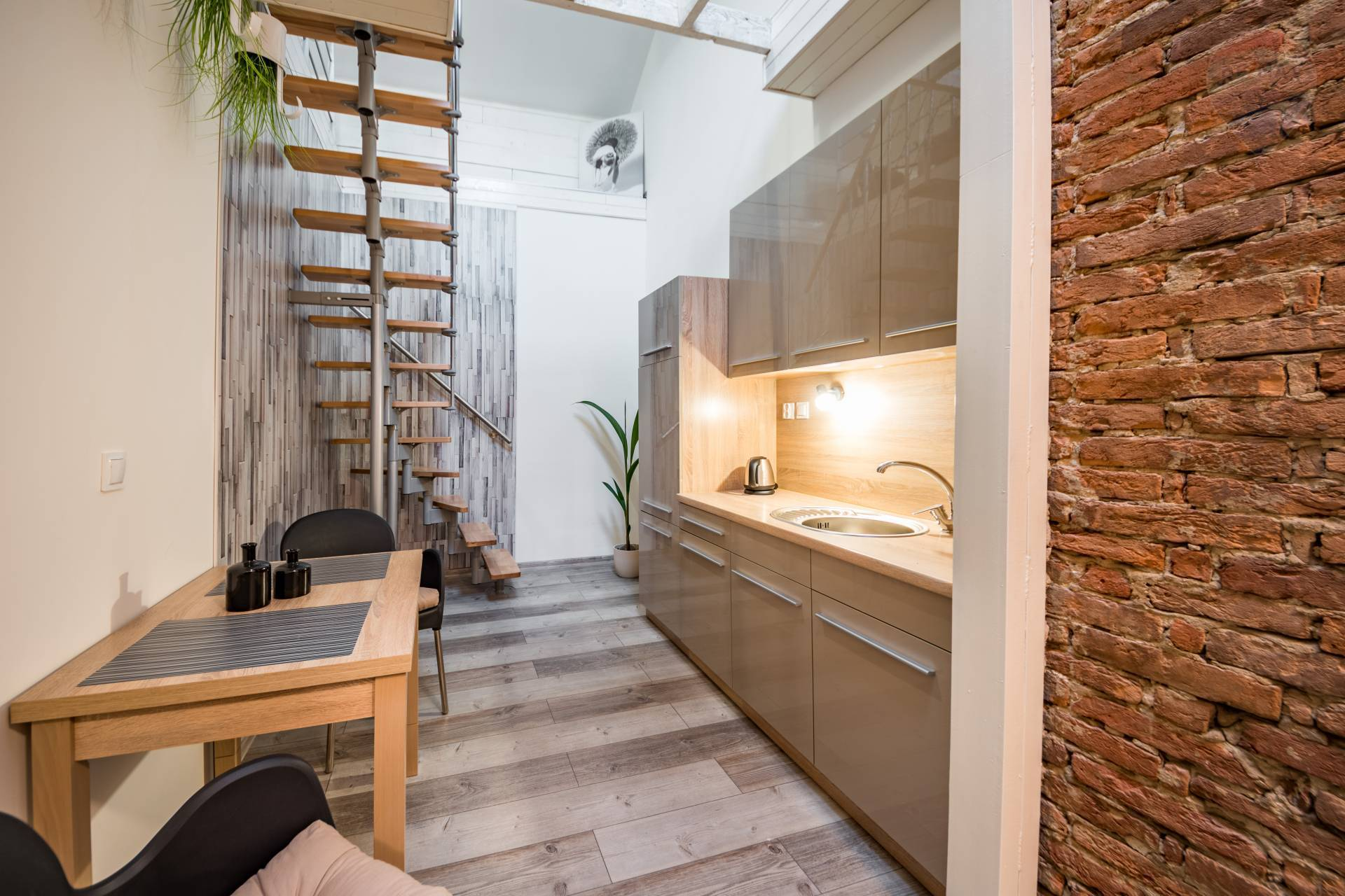 Moderný apartmán na prenájom, Hlavná ulica, Prešov