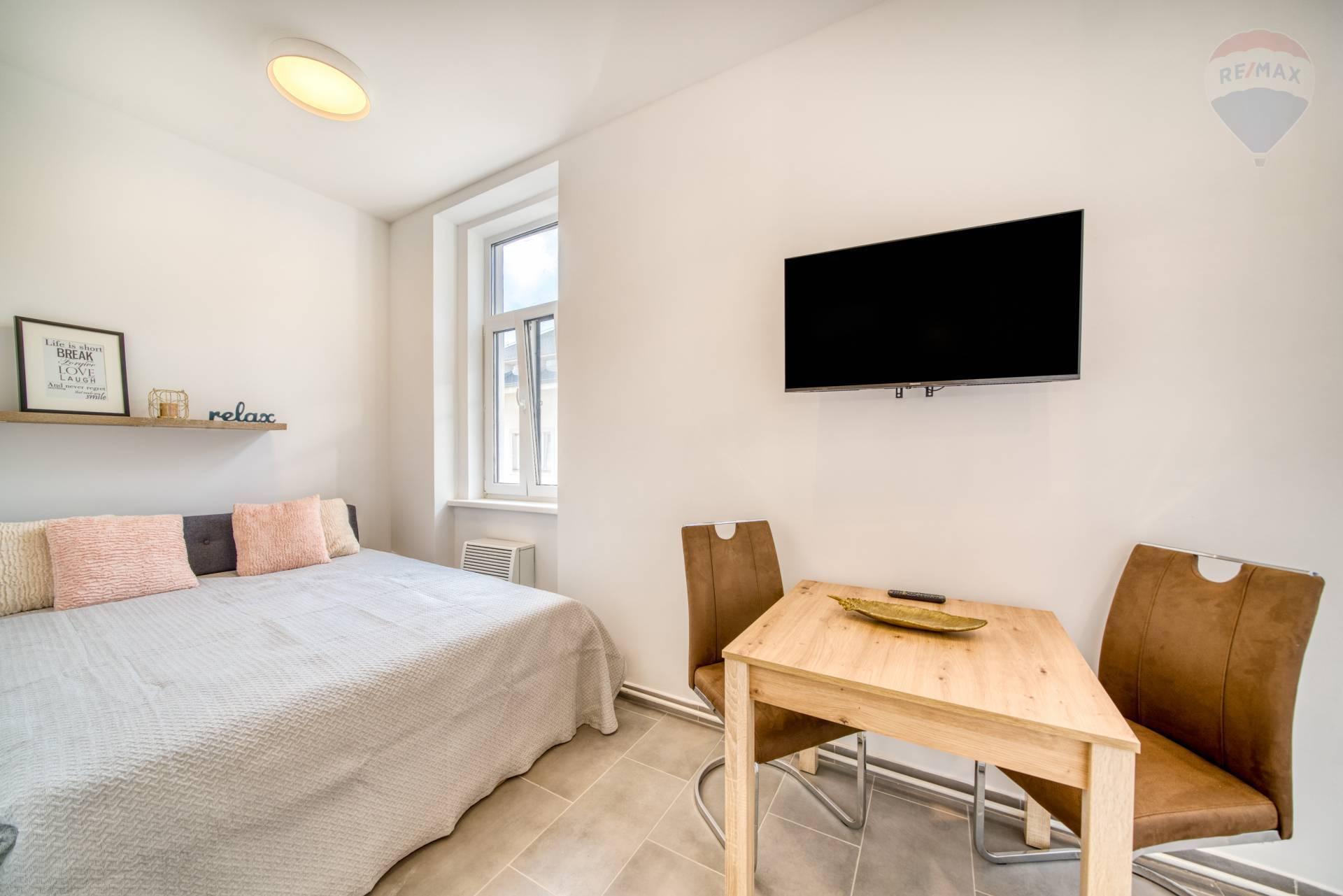 Moderný, kompletne zariadený 1 izbový byt na prenájom, Weberova ulica, Prešov