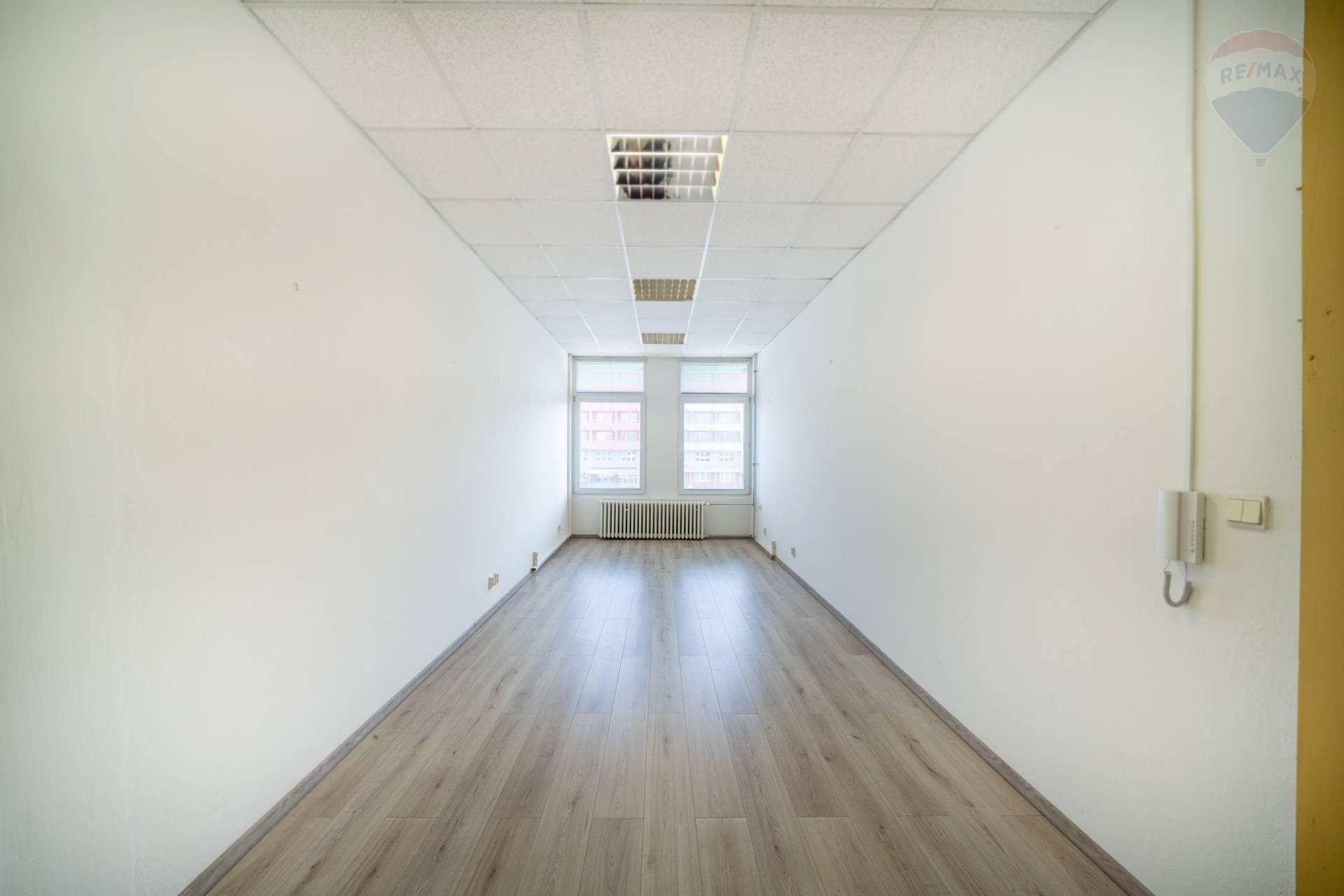 Prenájom komerčného priestoru 23 m2, Prešov - Kancelárske priestory na prenájom, Prešov