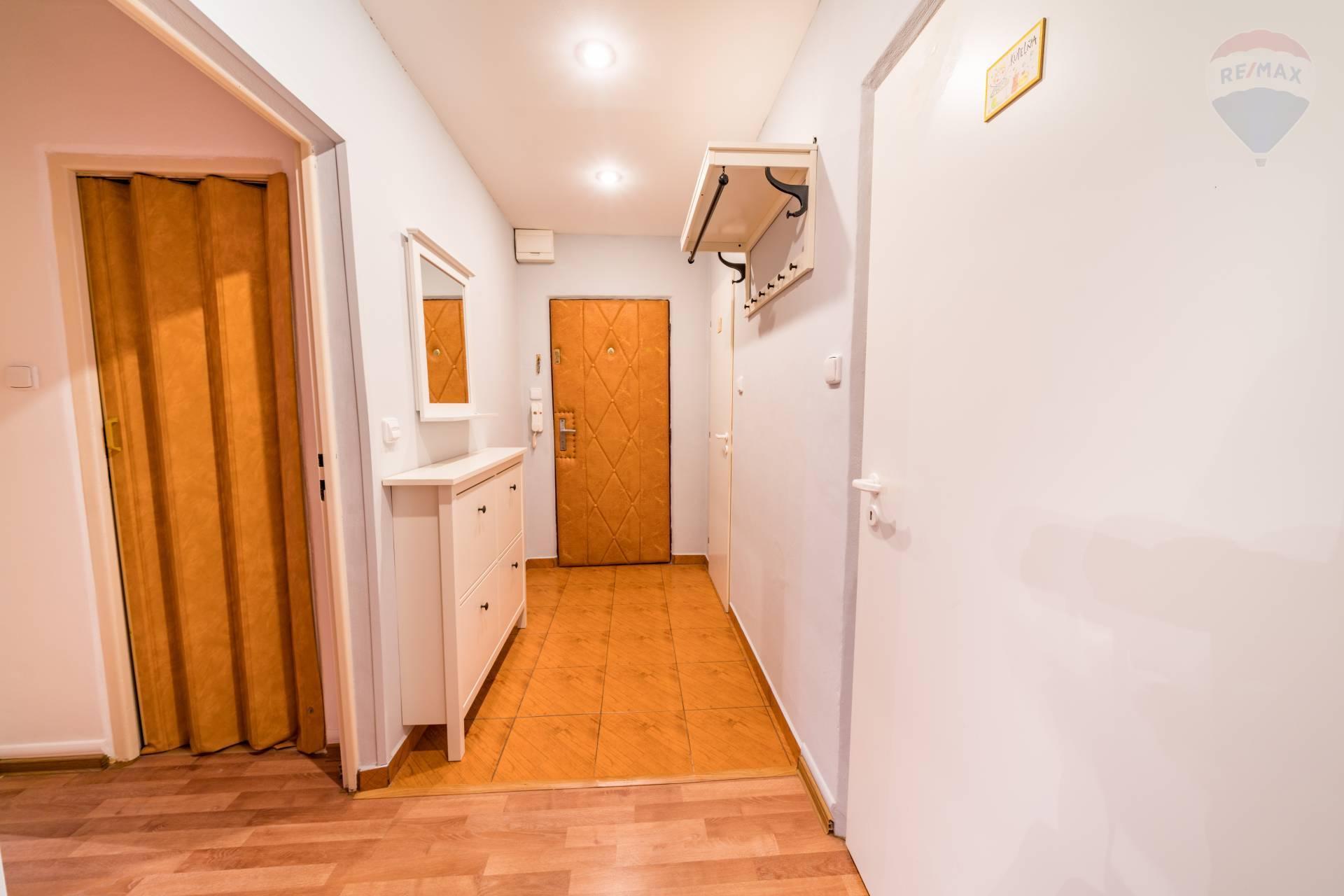 Prenájom bytu (3 izbový) 76 m2, Prešov - 3 izbový byt na prenájom, Prešov