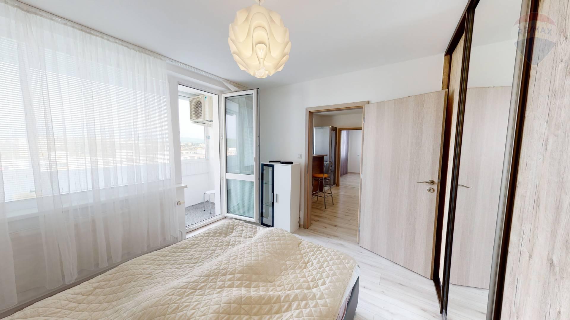 Prenájom bytu (2 izbový) 53 m2, Prešov - 2 izbový byt na prenájom, Prešov