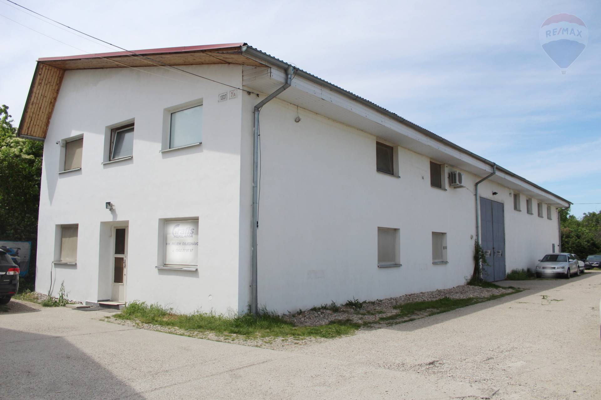 Prenájom, skladovo-administratívna budova (400 m2) s halou , Podunajské Biskupice