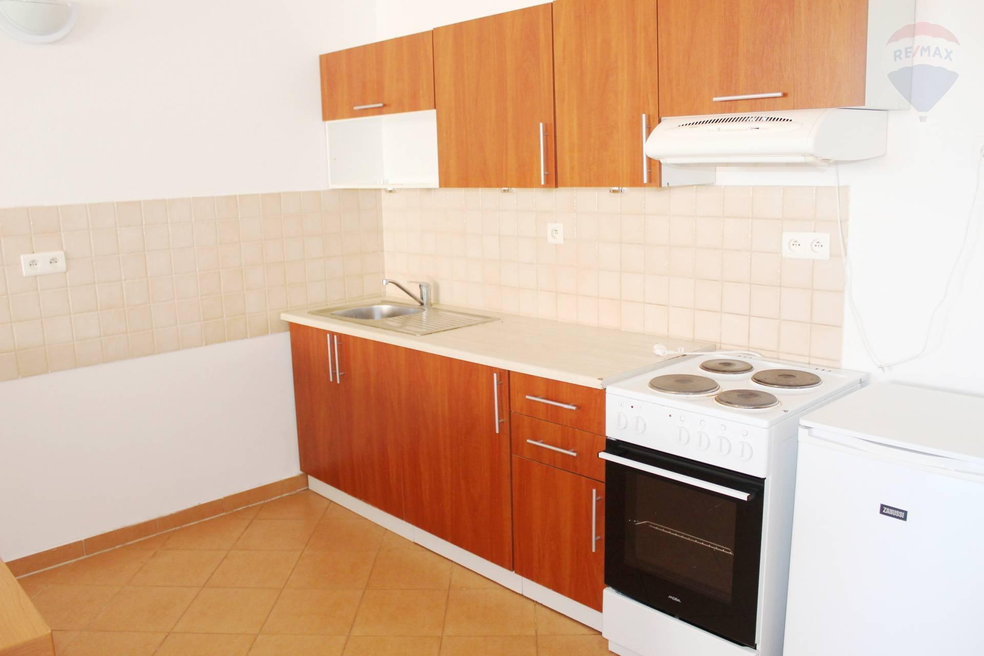 Predaj bytu (2 izbový) 76 m2, Bratislava - Ružinov -